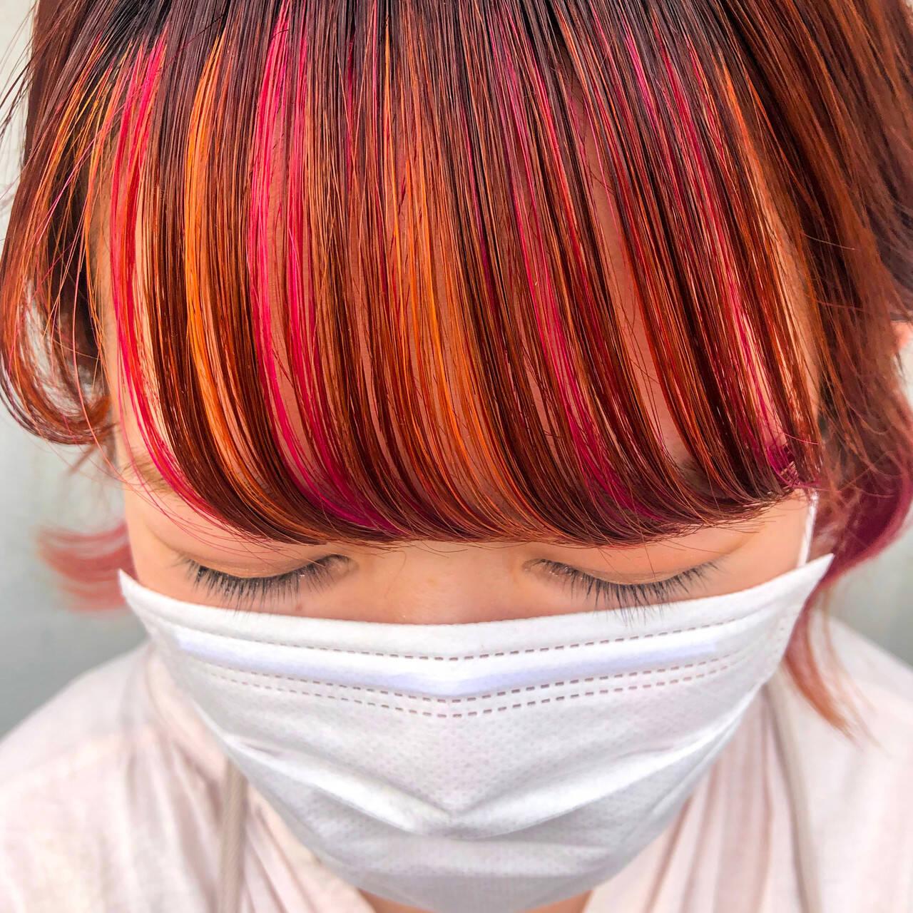 オレンジ ベリーピンク オレンジカラー ショートヘアスタイルや髪型の写真・画像