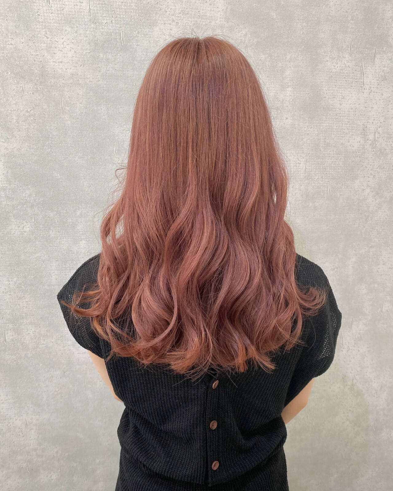 ブリーチカラー ピンクアッシュ ロング インナーカラーヘアスタイルや髪型の写真・画像