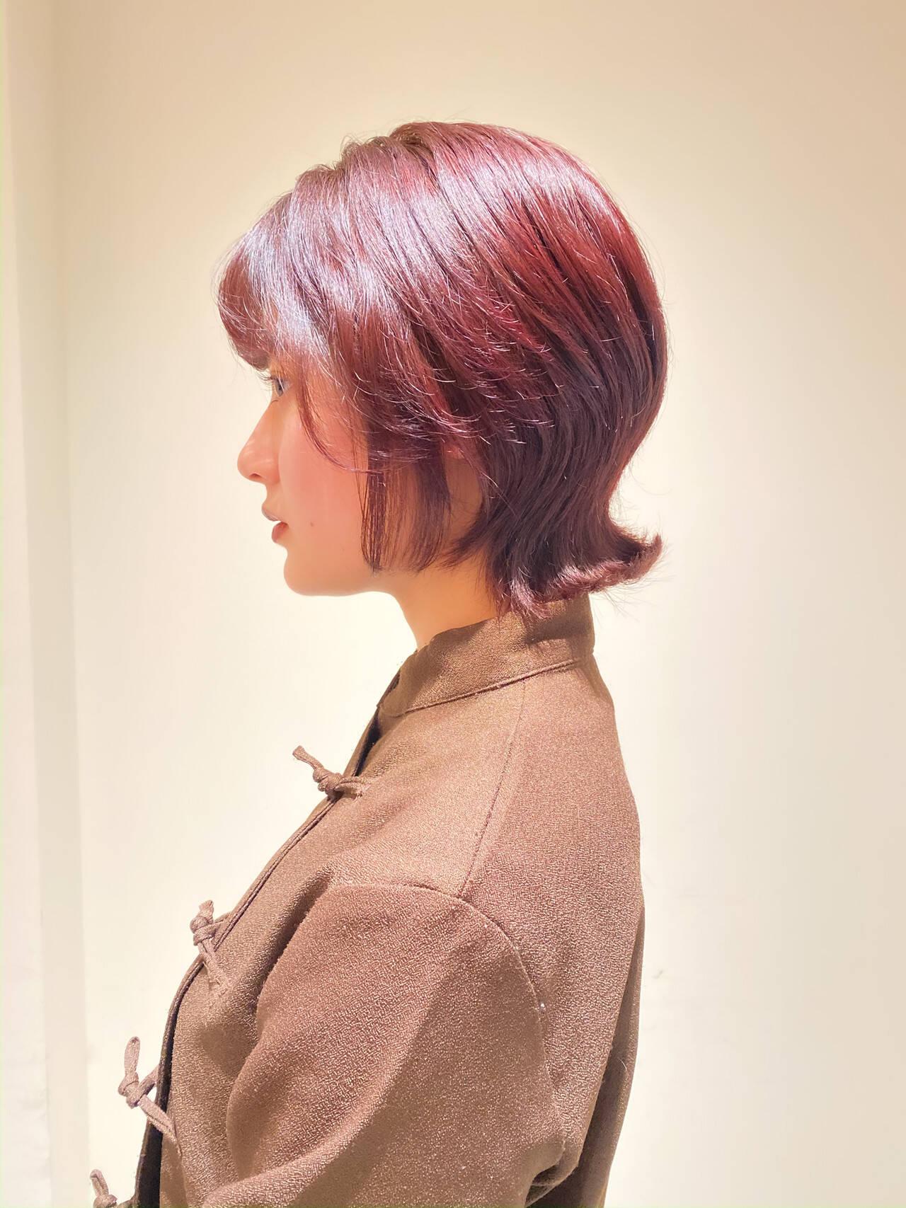 ウルフカット ショートヘア ショートボブ ピンクブラウンヘアスタイルや髪型の写真・画像