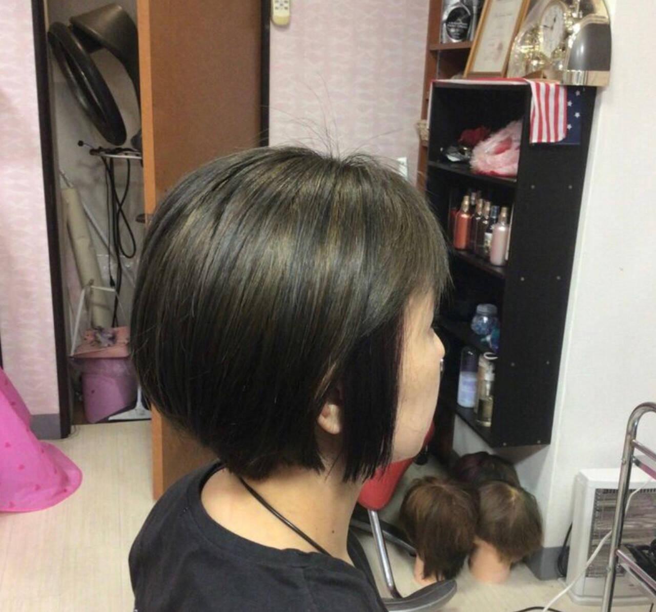 ショートボブ モード ミニボブ ベリーショートヘアスタイルや髪型の写真・画像