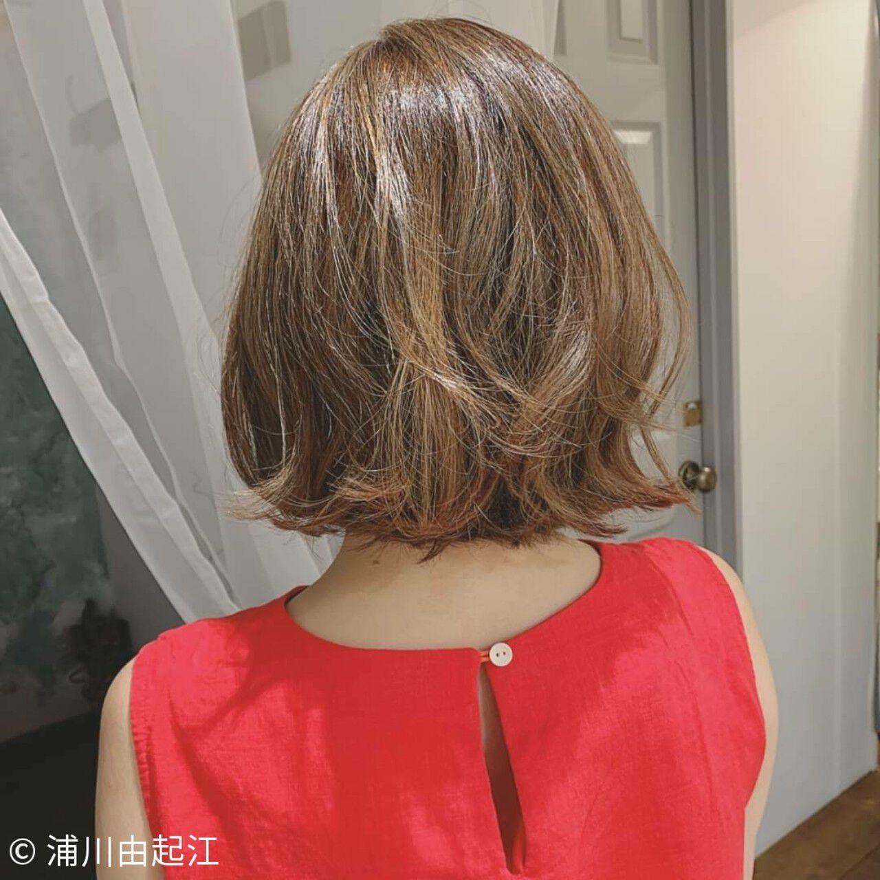 大人かわいい 外ハネ モテ髪 エレガントヘアスタイルや髪型の写真・画像