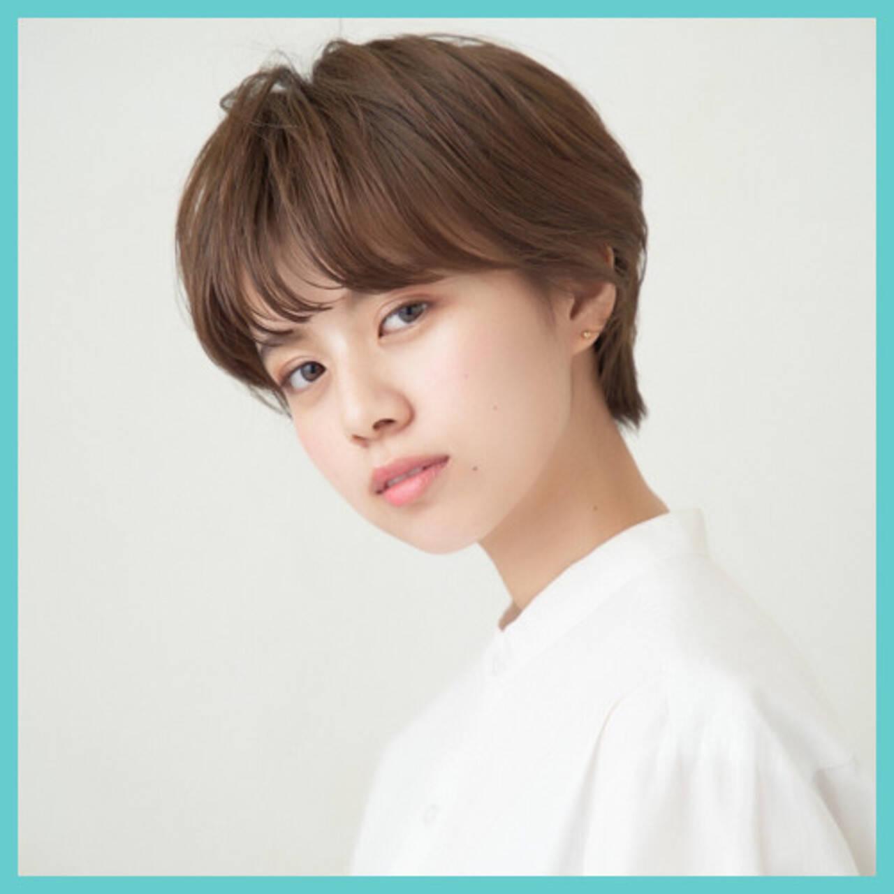 ショートヘア ナチュラル ハンサムショート 前髪ありヘアスタイルや髪型の写真・画像