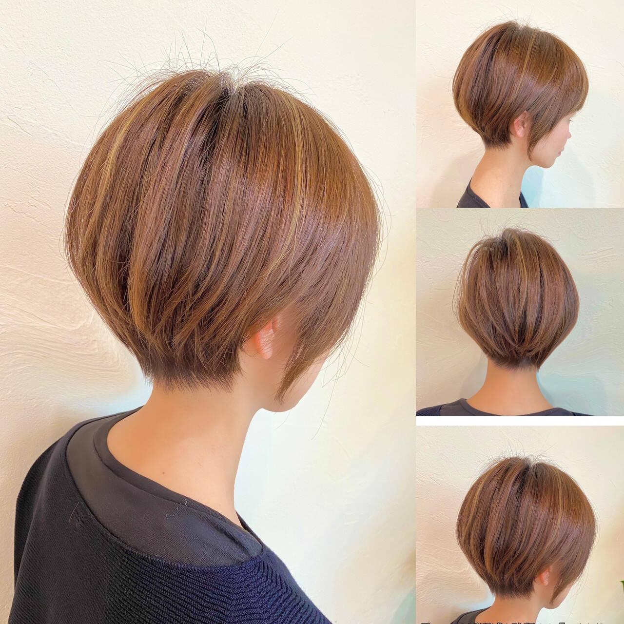 ショート ショートボブ ハイライト 大人ハイライトヘアスタイルや髪型の写真・画像