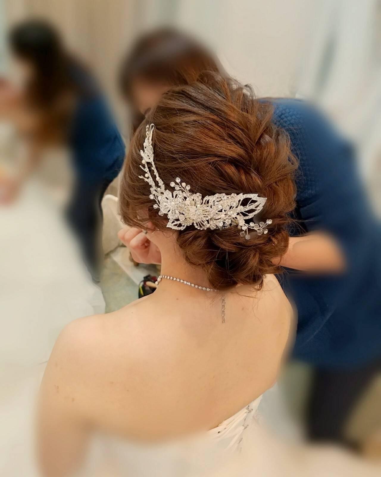 フェミニン ヘアアレンジ ブライダル セミロングヘアスタイルや髪型の写真・画像