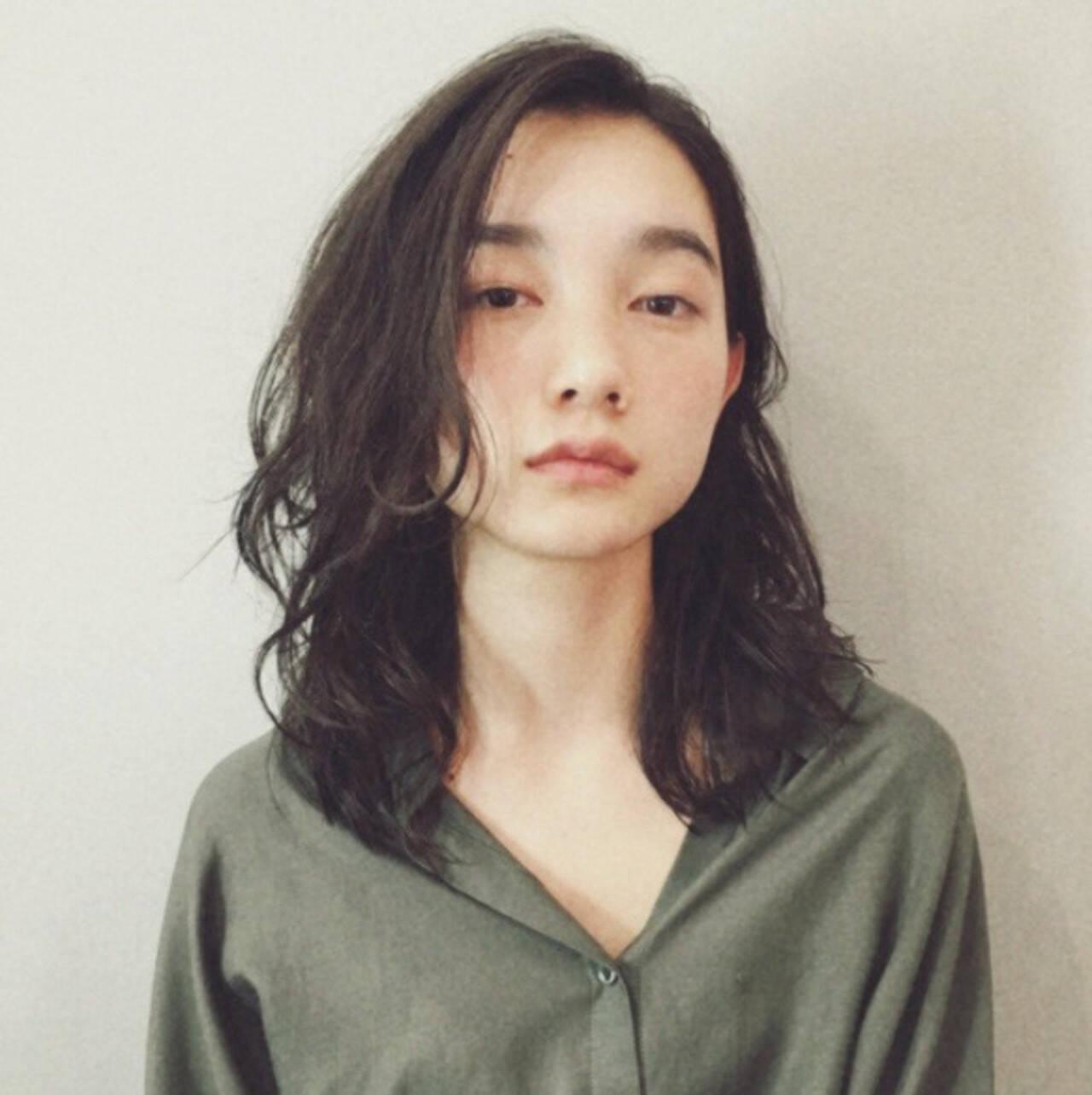 毛先パーマ ミディアム ナチュラル ワンカールパーマヘアスタイルや髪型の写真・画像