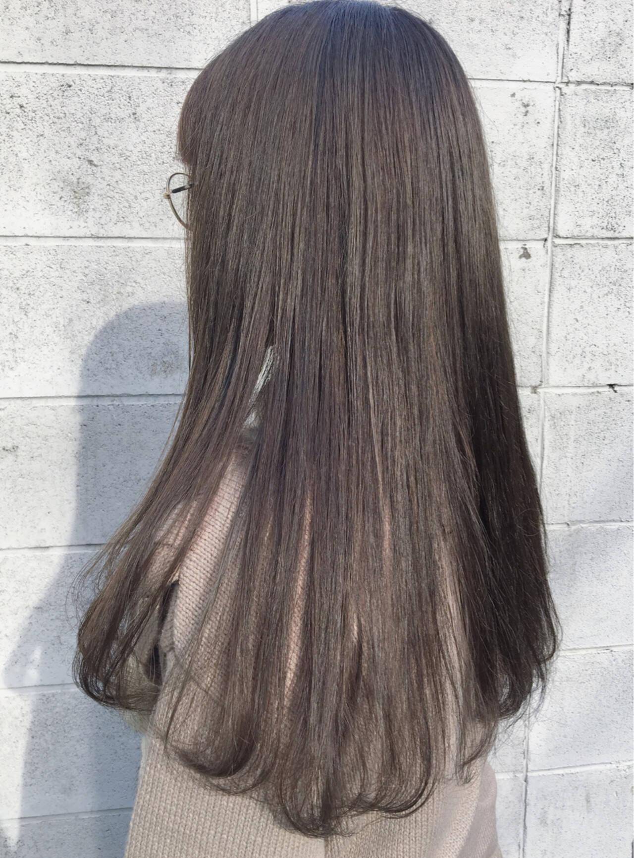 外国人風 アッシュ ロング カーキアッシュヘアスタイルや髪型の写真・画像