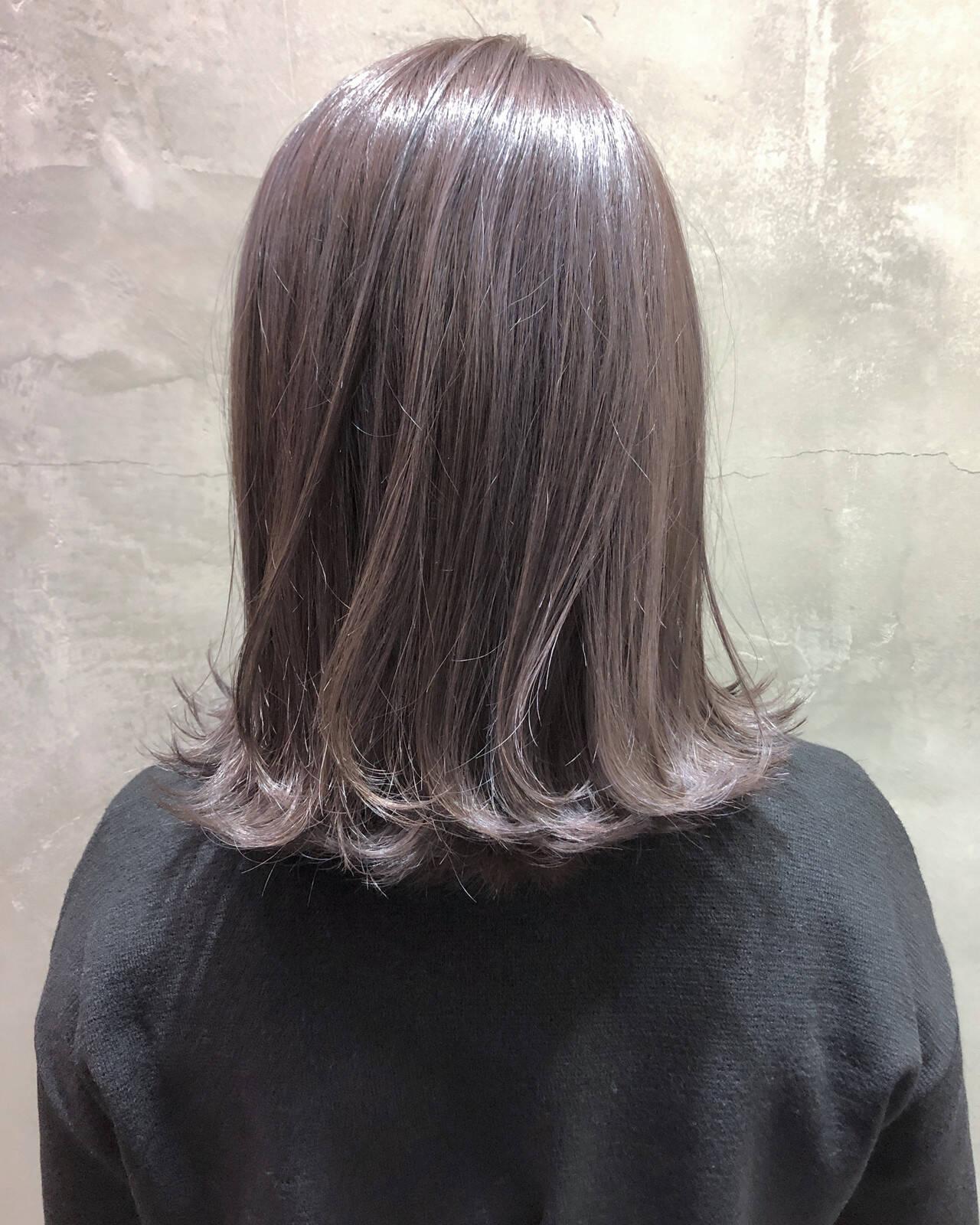 ナチュラル ハイライト 3Dハイライト ミディアムヘアスタイルや髪型の写真・画像