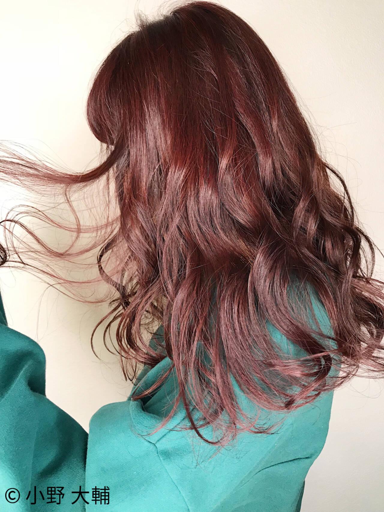 バレンタイン ピンク ラベンダー ナチュラルヘアスタイルや髪型の写真・画像