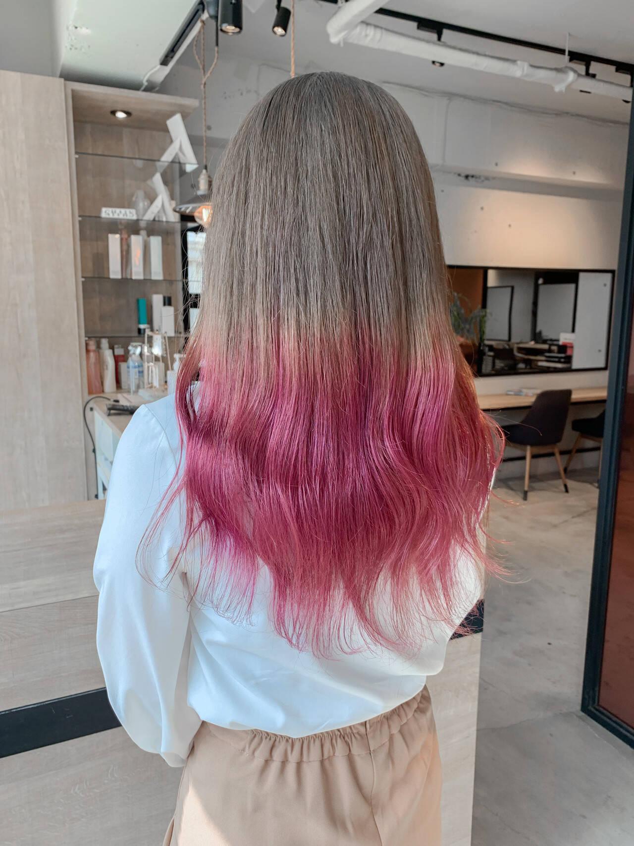 ガーリー 透明感カラー ロング ミルクティーベージュヘアスタイルや髪型の写真・画像