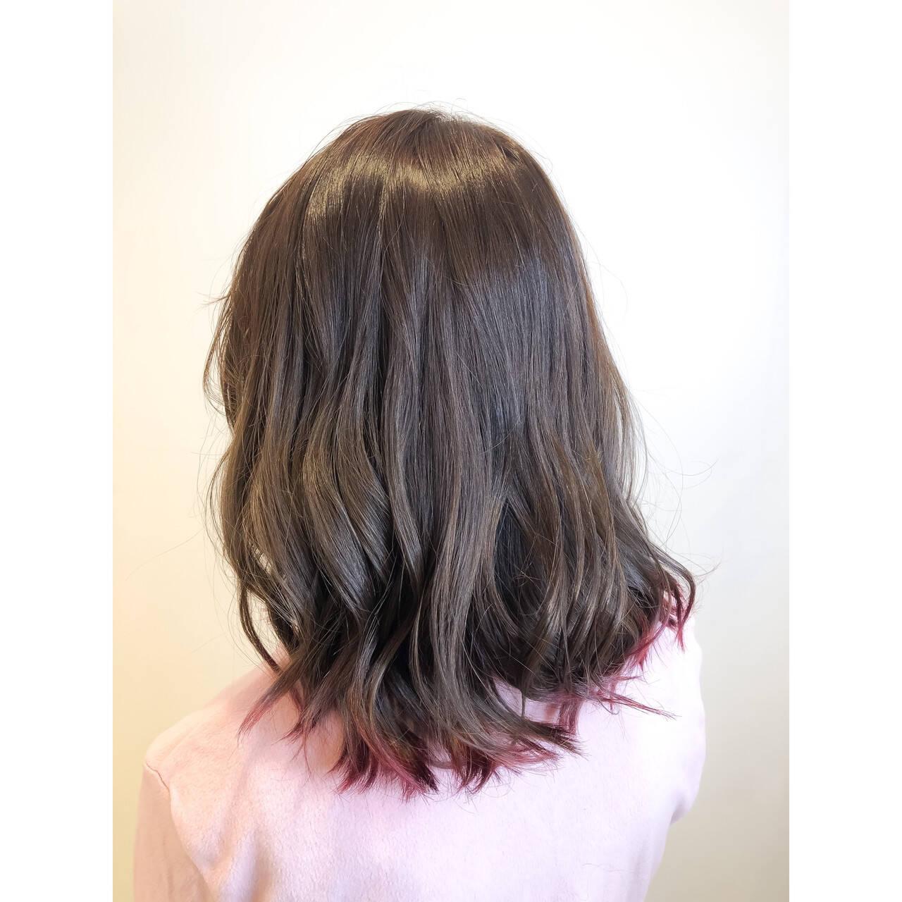 グラデーションカラー 大人ヘアスタイル ラベンダーピンク ミディアムヘアスタイルや髪型の写真・画像