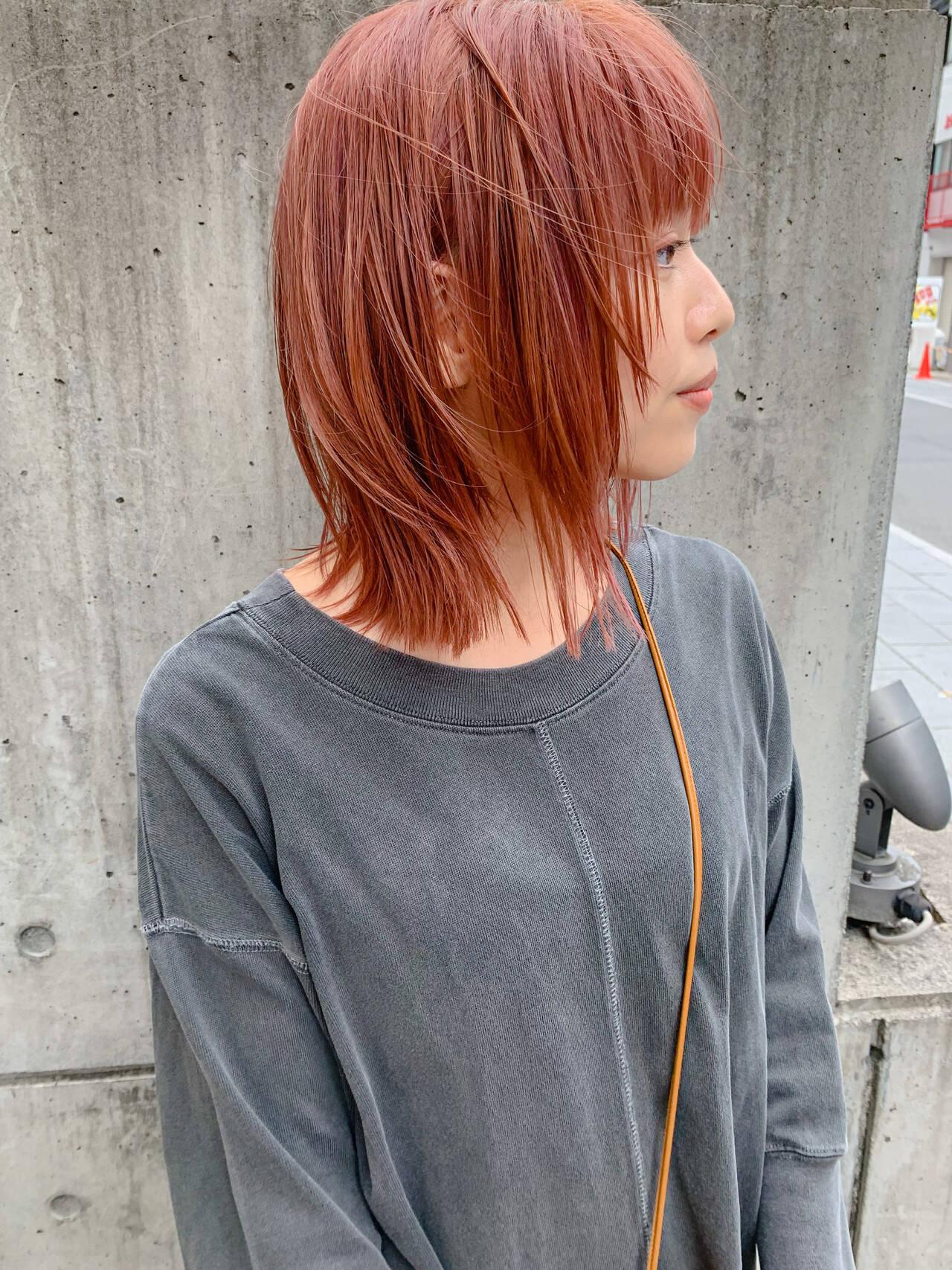 赤髪 ボブウルフ ウルフレイヤー ボブヘアスタイルや髪型の写真・画像