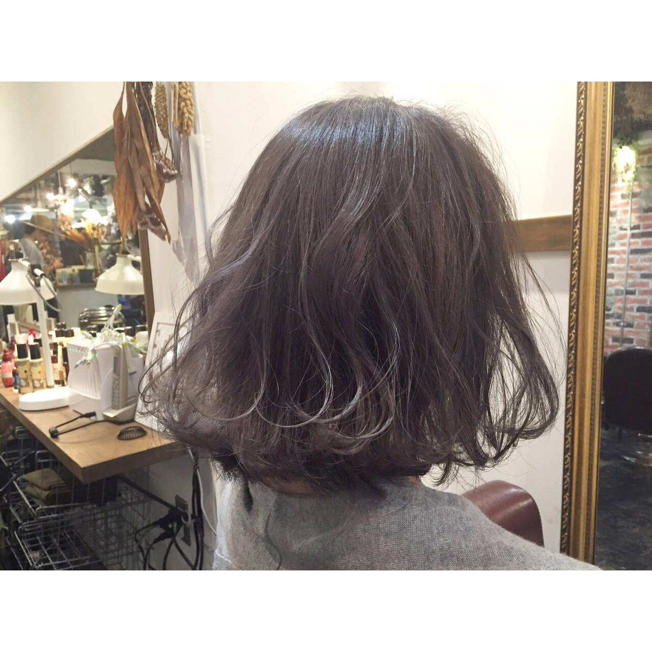 ブルージュ ストリート グレージュ 外国人風ヘアスタイルや髪型の写真・画像