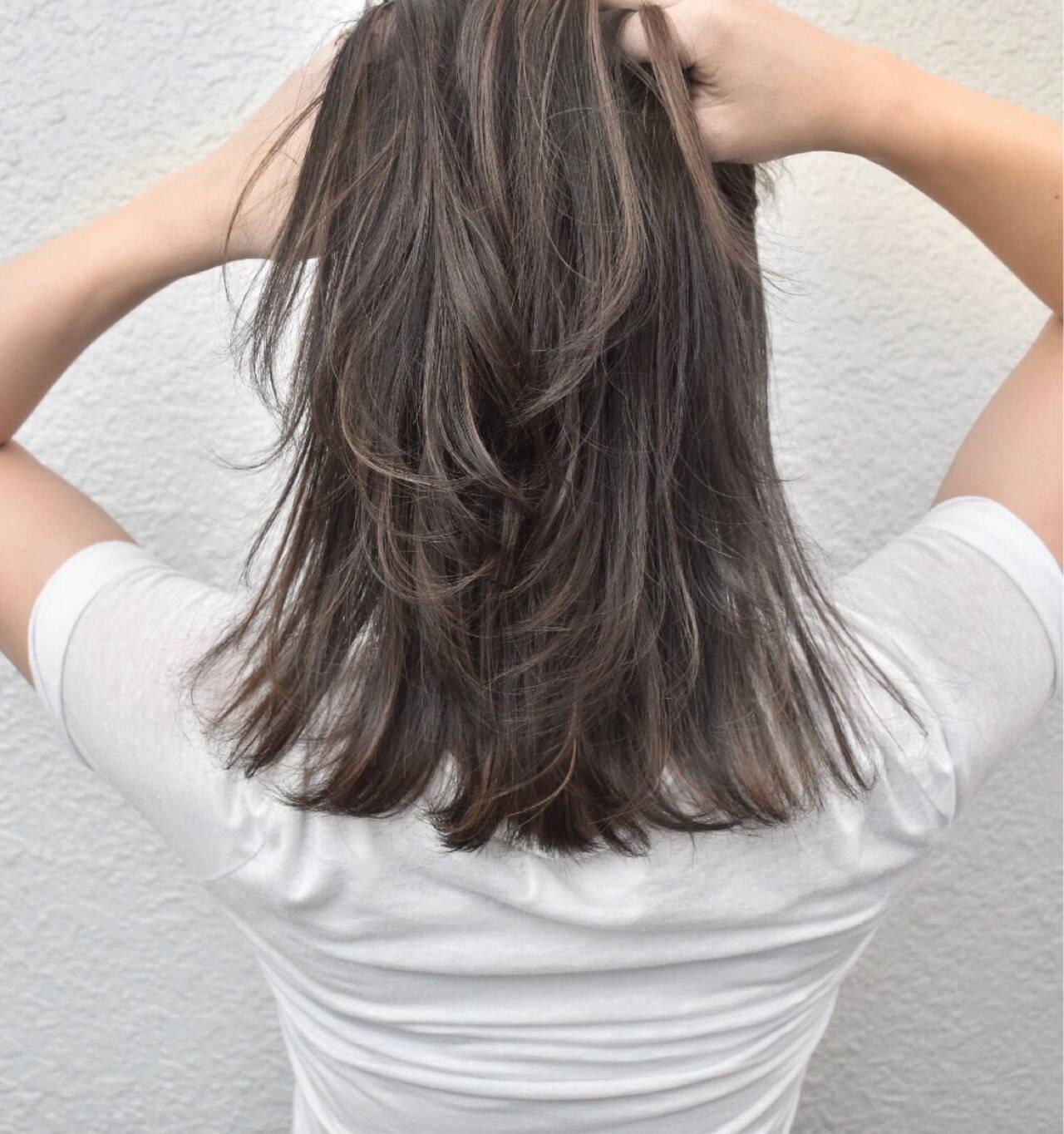 アッシュベージュ 外国人風 ハイライト 外国人風カラーヘアスタイルや髪型の写真・画像
