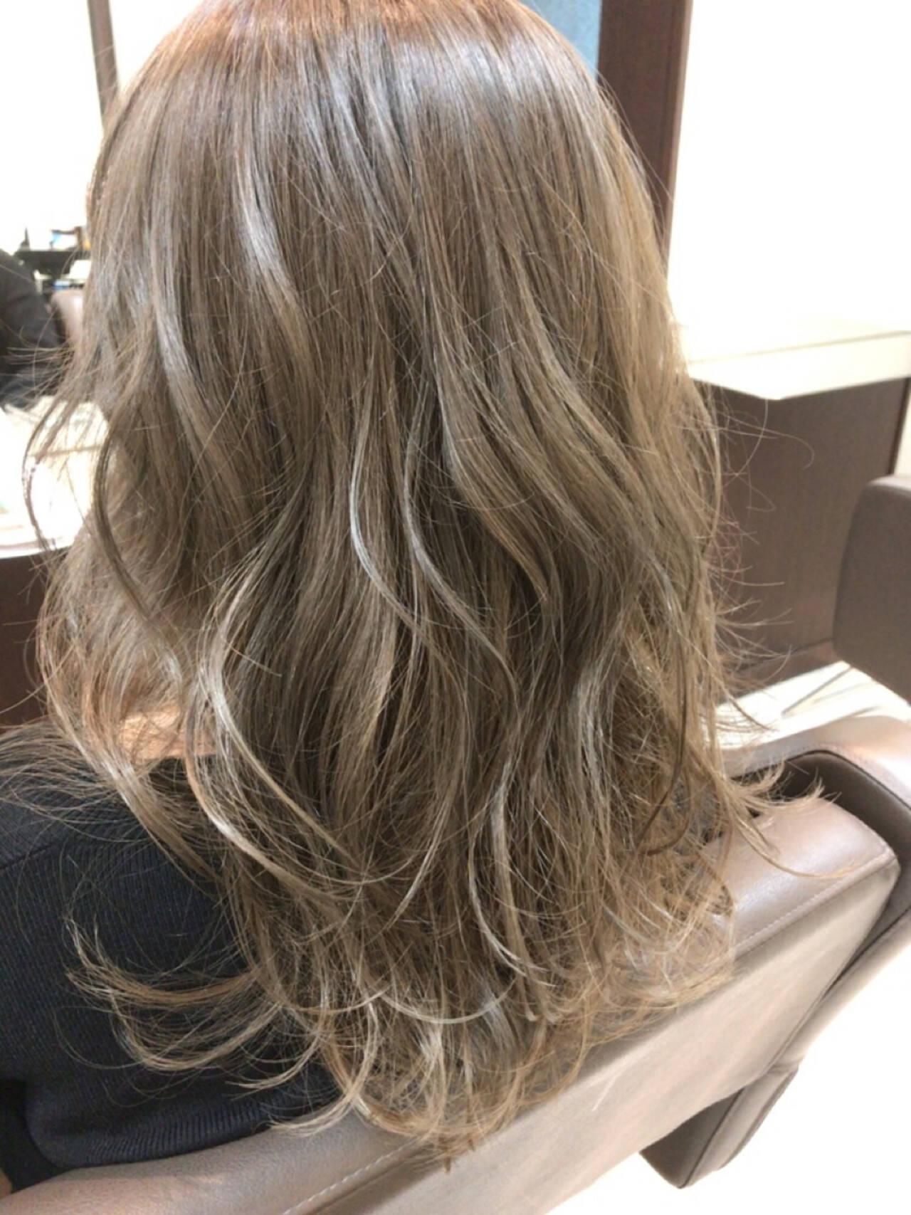ミディアム ガーリー かわいい セクシーヘアスタイルや髪型の写真・画像