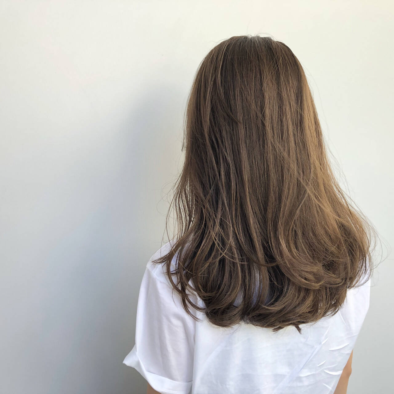 フェミニン ロング レイヤーカットヘアスタイルや髪型の写真・画像