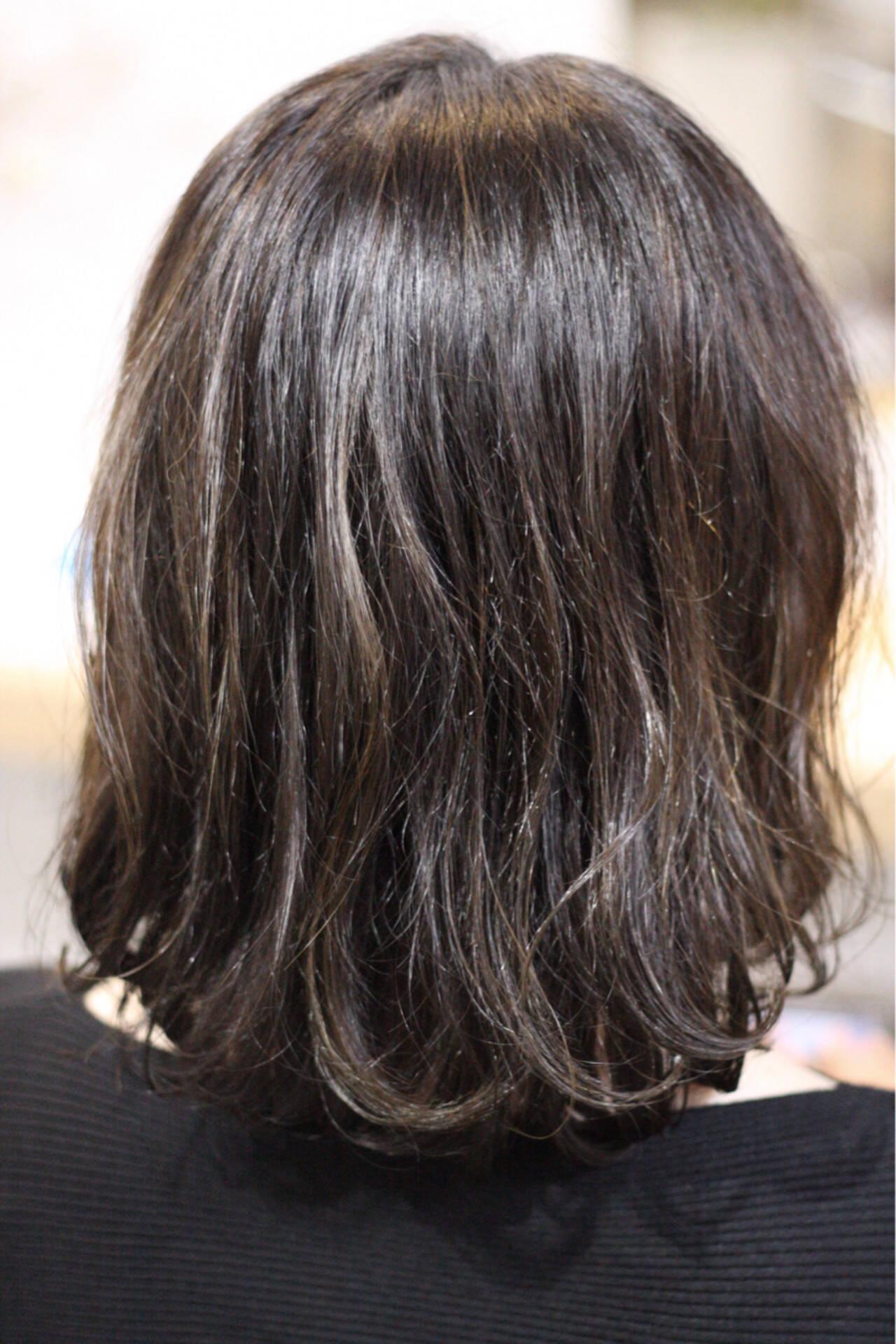 外国人風 ハイライト ゆるふわ ウェーブヘアスタイルや髪型の写真・画像