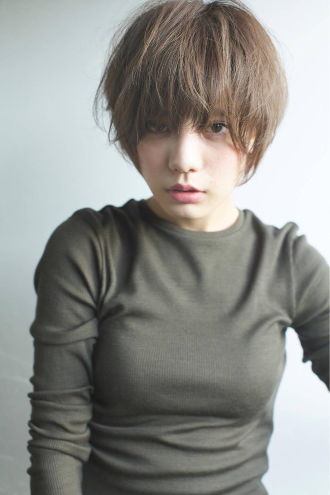 リラックス アッシュ 外国人風カラー ショートヘアスタイルや髪型の写真・画像