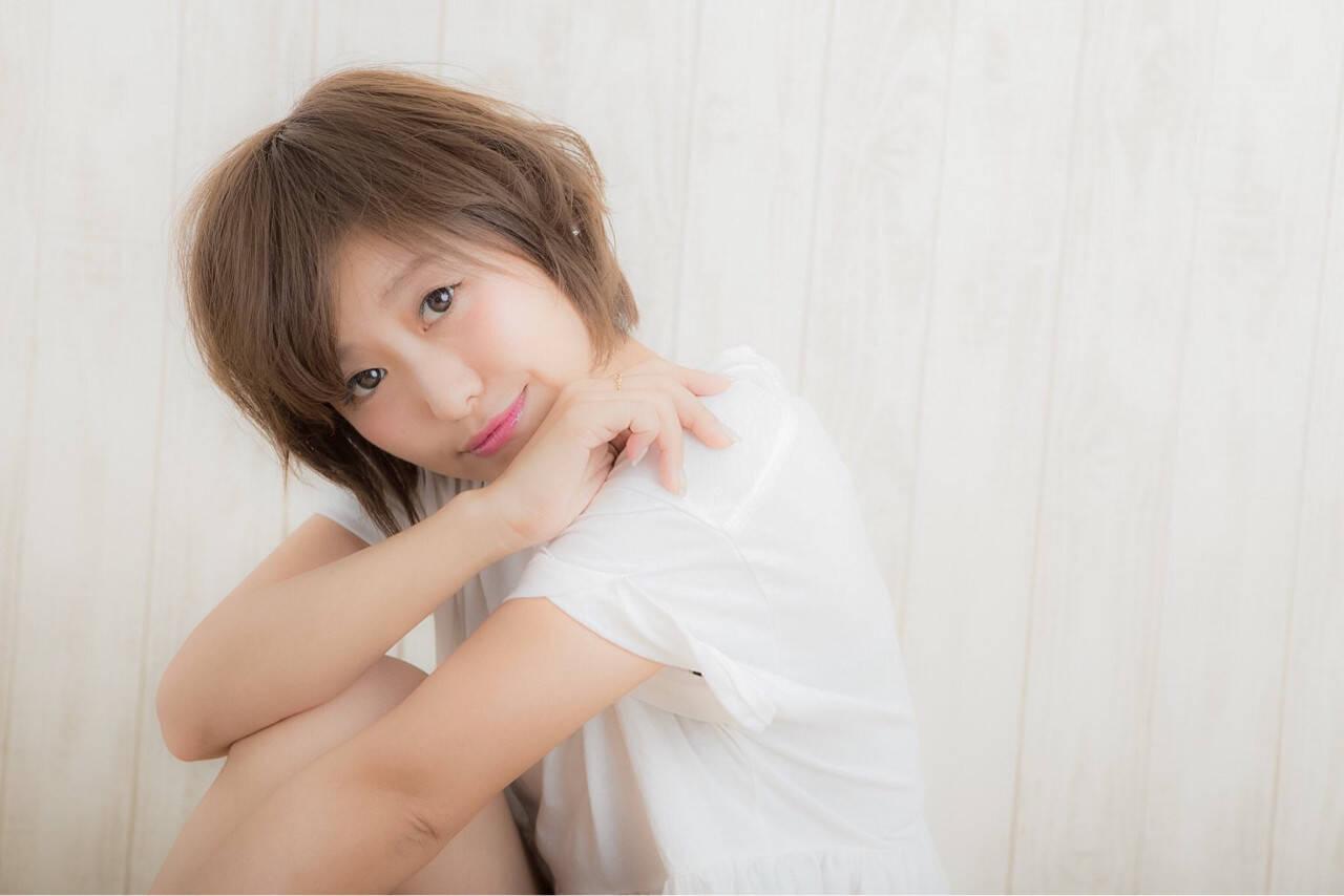 フェミニン 小顔 アッシュ ショートボブヘアスタイルや髪型の写真・画像