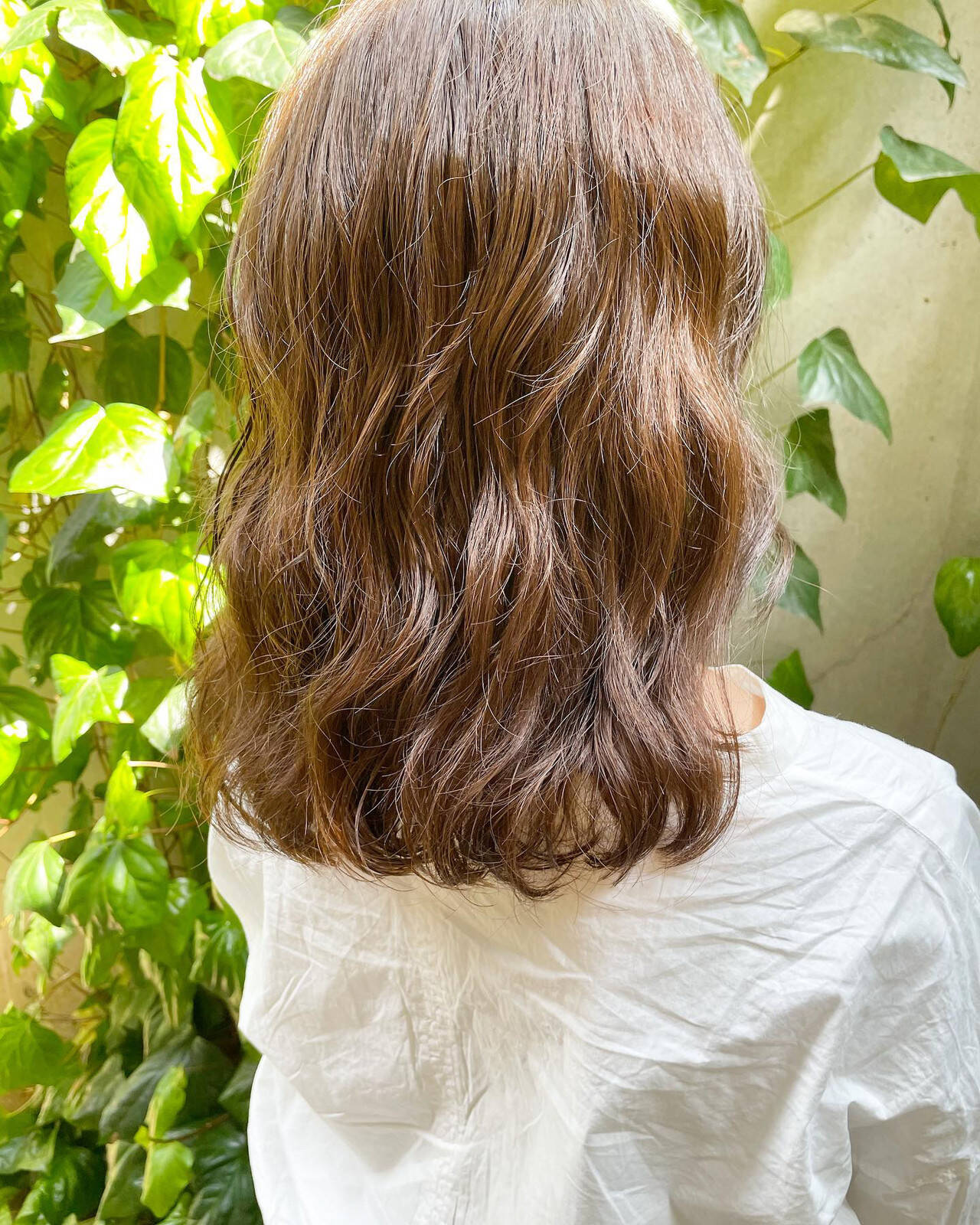 ナチュラル 外ハネボブ 切りっぱなしボブ 前髪パーマヘアスタイルや髪型の写真・画像