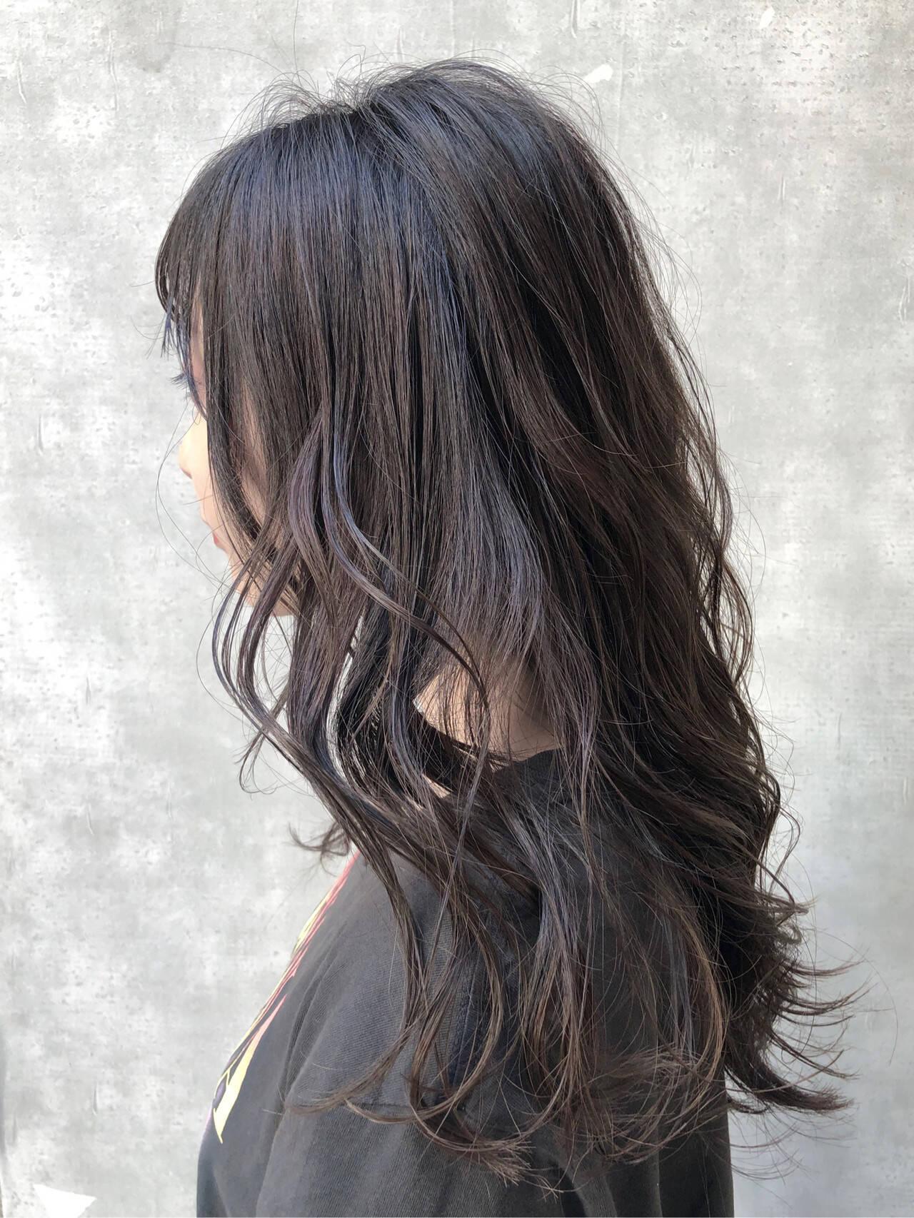 切りっぱなしボブ ハイライト イルミナカラー アディクシーカラーヘアスタイルや髪型の写真・画像