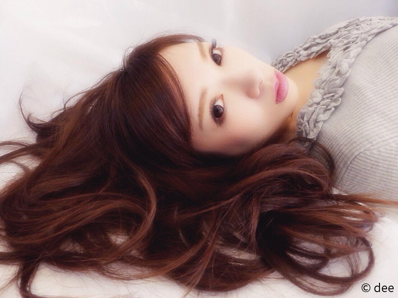 ロング ゆるふわ 大人かわいい ブラウンベージュヘアスタイルや髪型の写真・画像