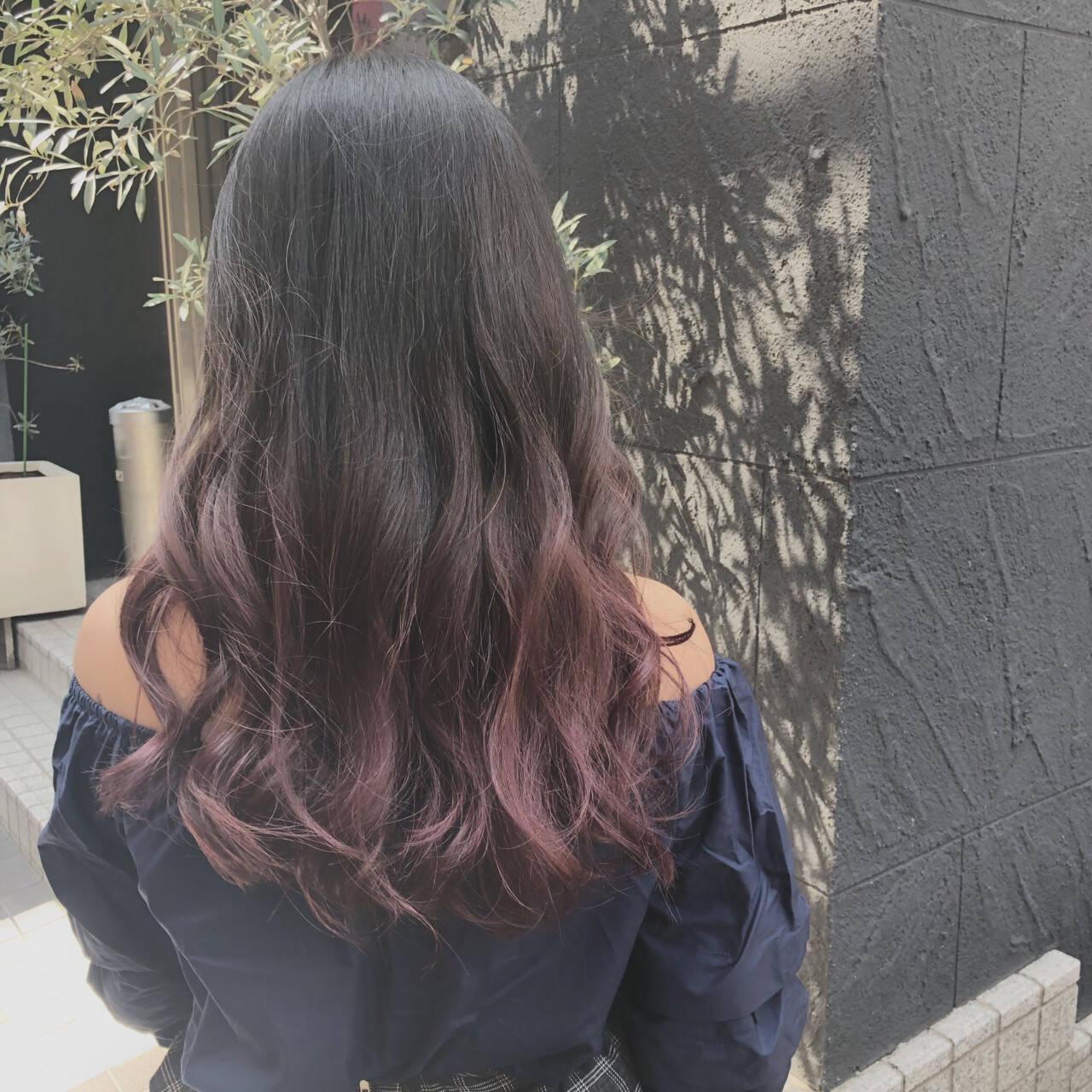 かわいい 波ウェーブ ラベンダー ガーリーヘアスタイルや髪型の写真・画像