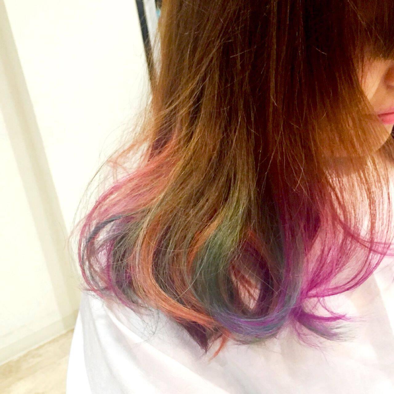 ストレート ストリート パンク カラフルカラーヘアスタイルや髪型の写真・画像