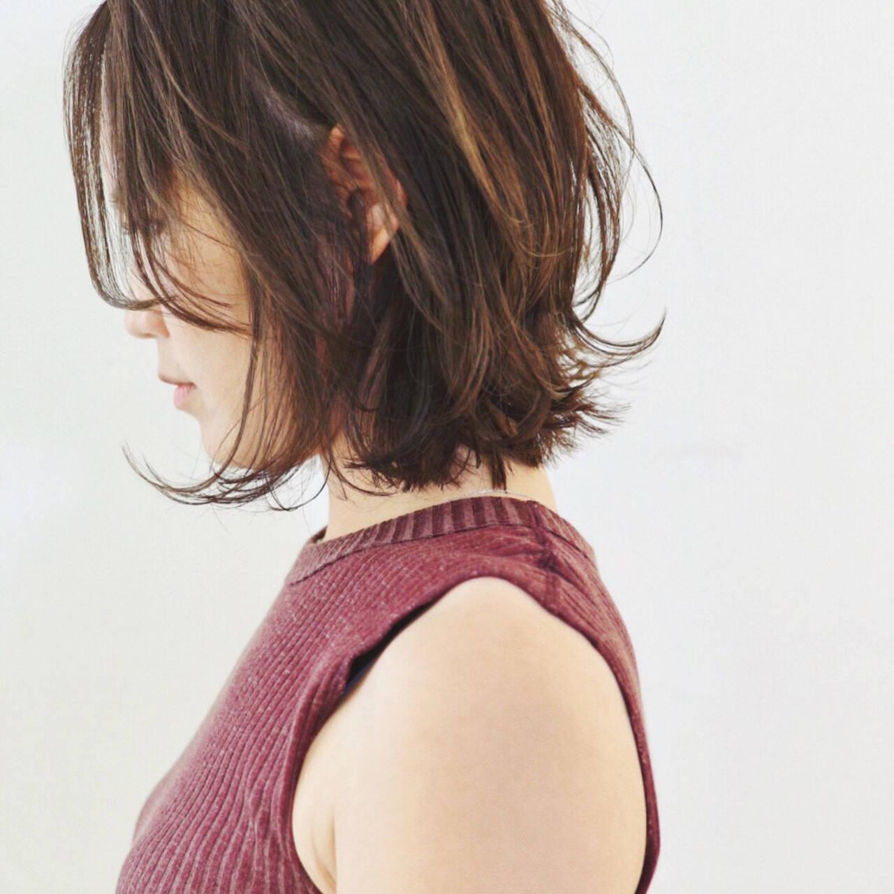 デート ベージュ パーマ ナチュラルヘアスタイルや髪型の写真・画像