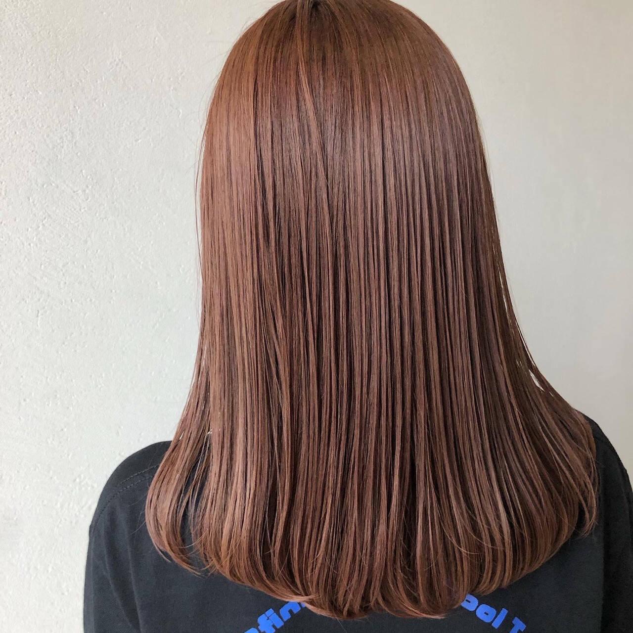 セミロング ピンク フェミニン ピンクラベンダーヘアスタイルや髪型の写真・画像