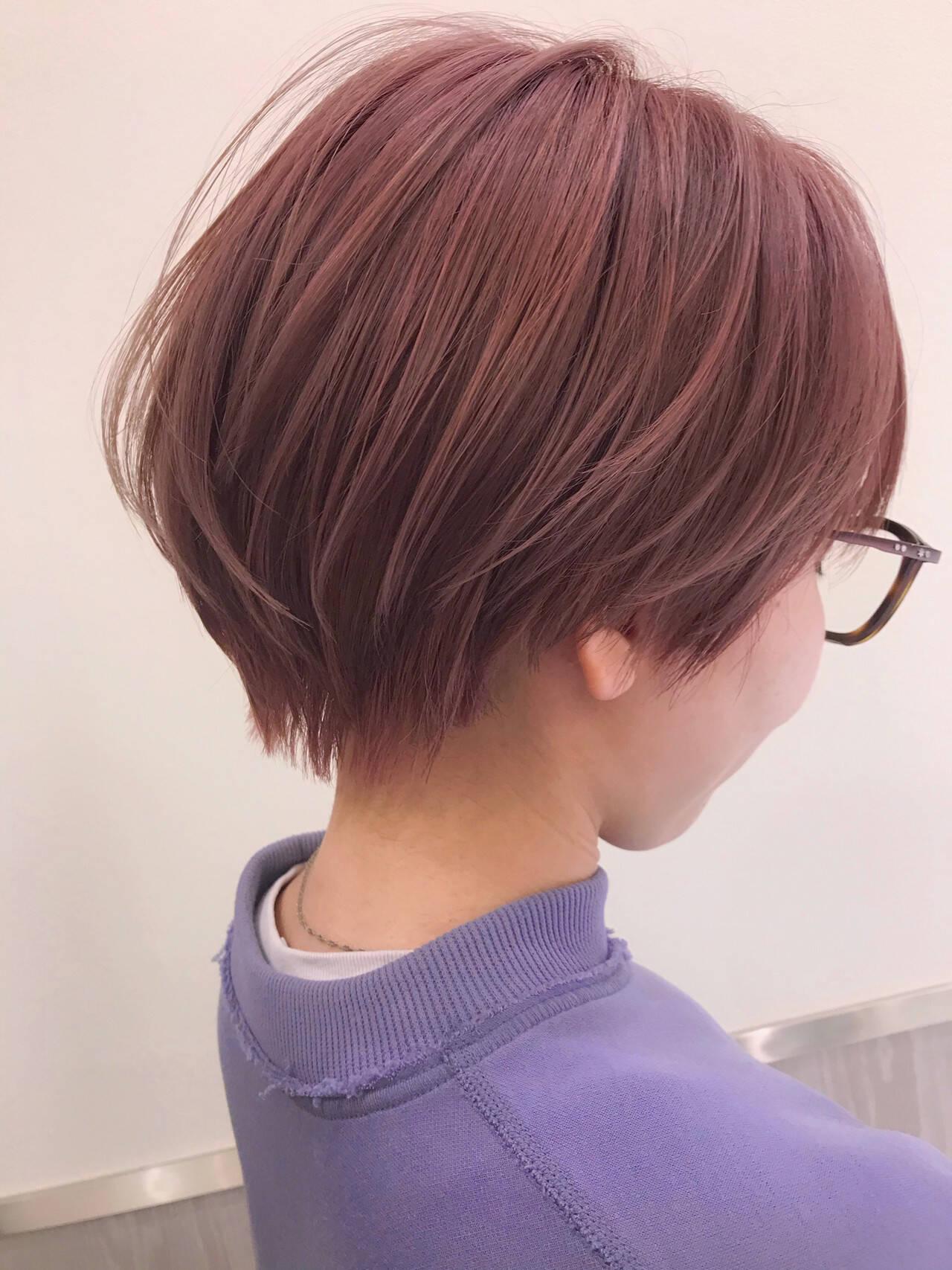 ショート ブリーチ ナチュラル ハイトーンカラーヘアスタイルや髪型の写真・画像