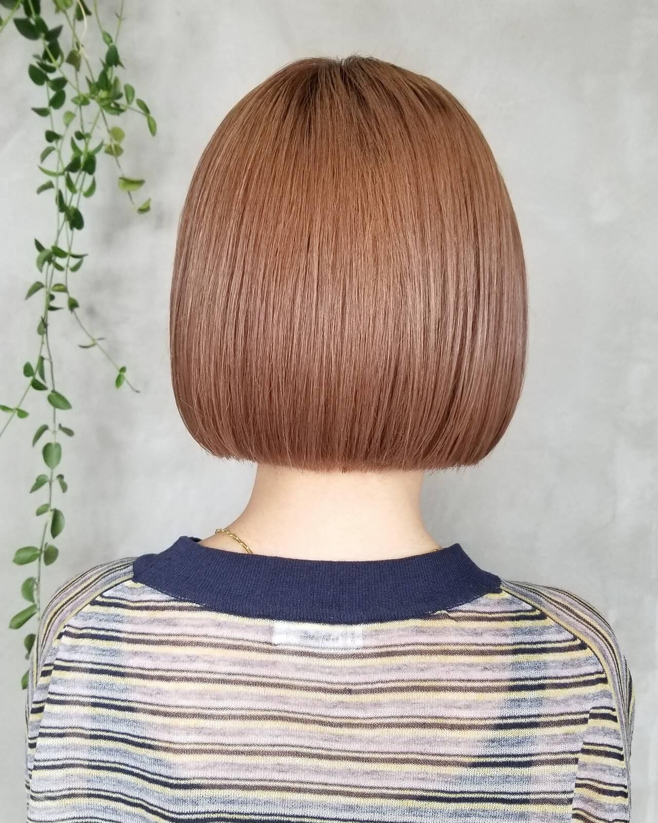 ボブ 切りっぱなし 切りっぱなしボブ ナチュラルヘアスタイルや髪型の写真・画像