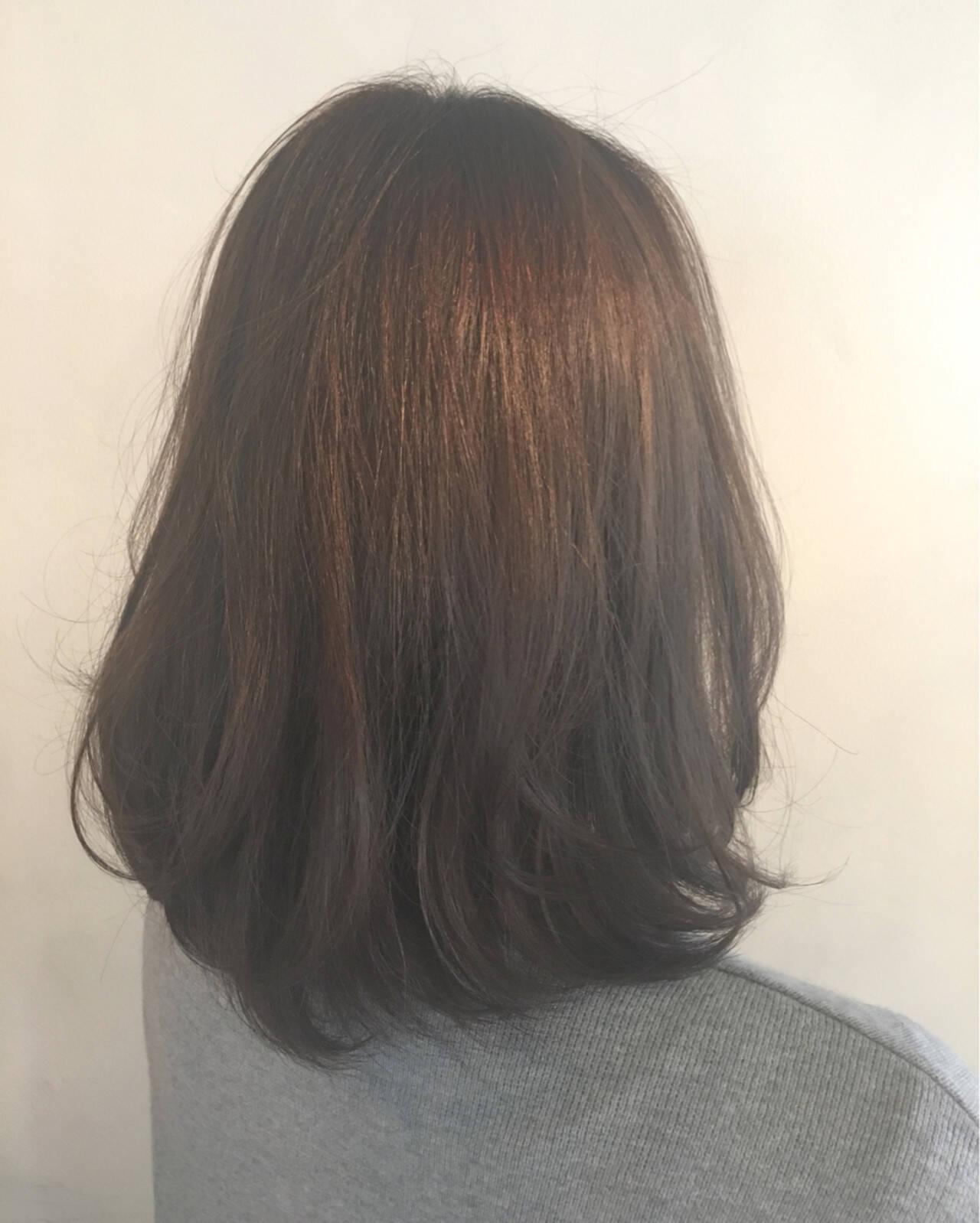 アッシュ 外国人風 グラデーションカラー ナチュラルヘアスタイルや髪型の写真・画像