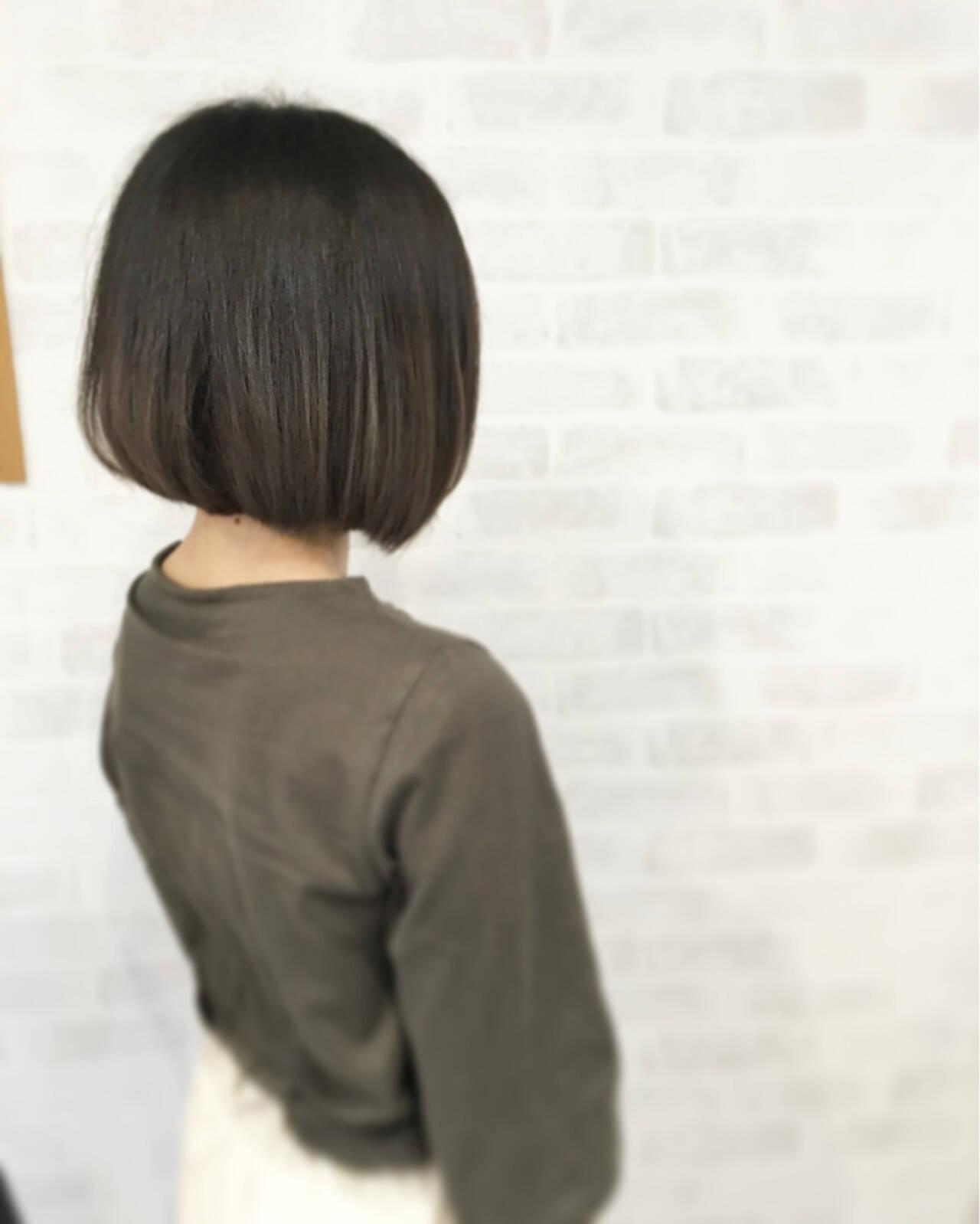グラデーションカラー グレー ボブ ストリートヘアスタイルや髪型の写真・画像