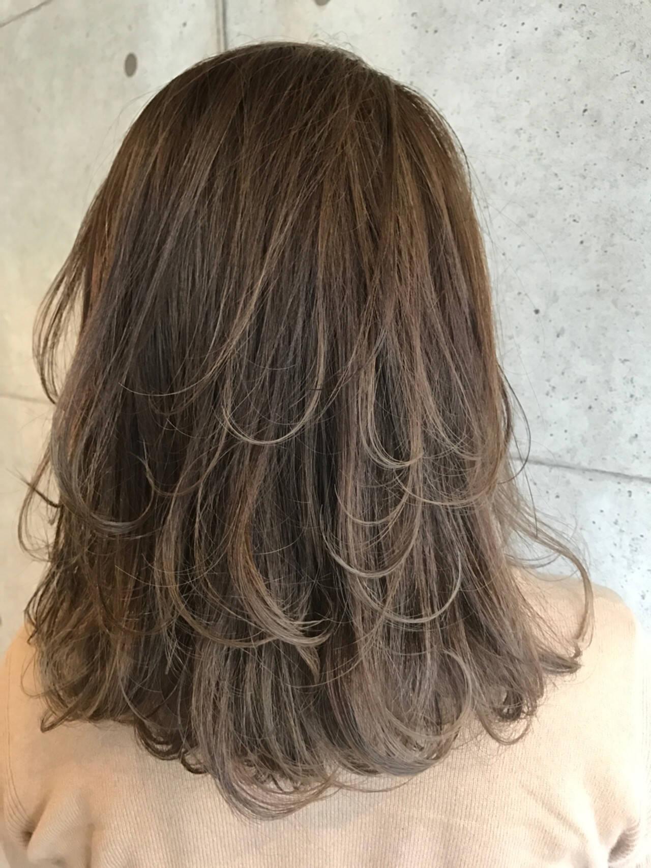 ストリート ミディアム レイヤーカット 外国人風ヘアスタイルや髪型の写真・画像