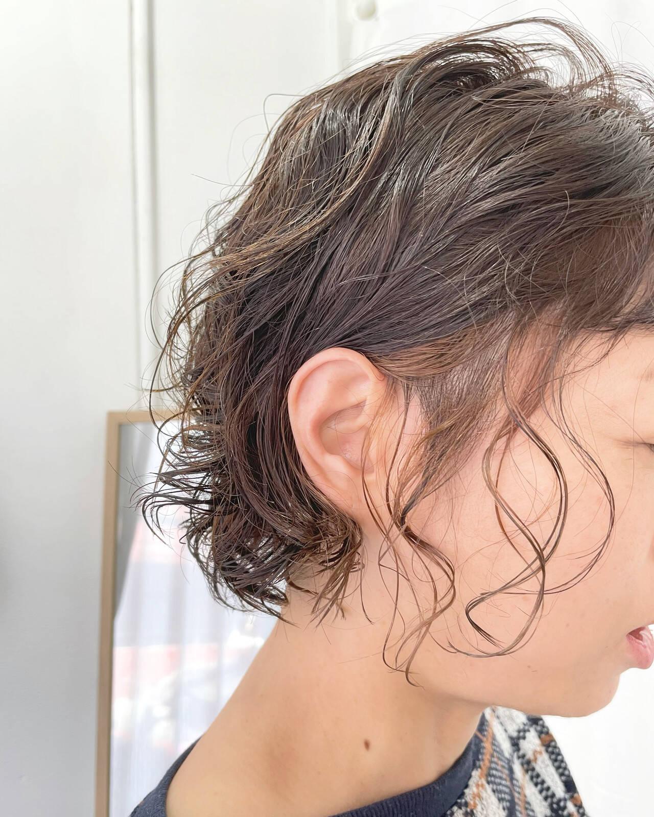 インナーカラー モード ボブ ヘアカラーヘアスタイルや髪型の写真・画像