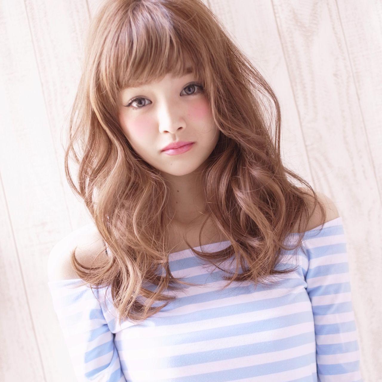 ロング グラデーションカラー 大人かわいい ナチュラルヘアスタイルや髪型の写真・画像