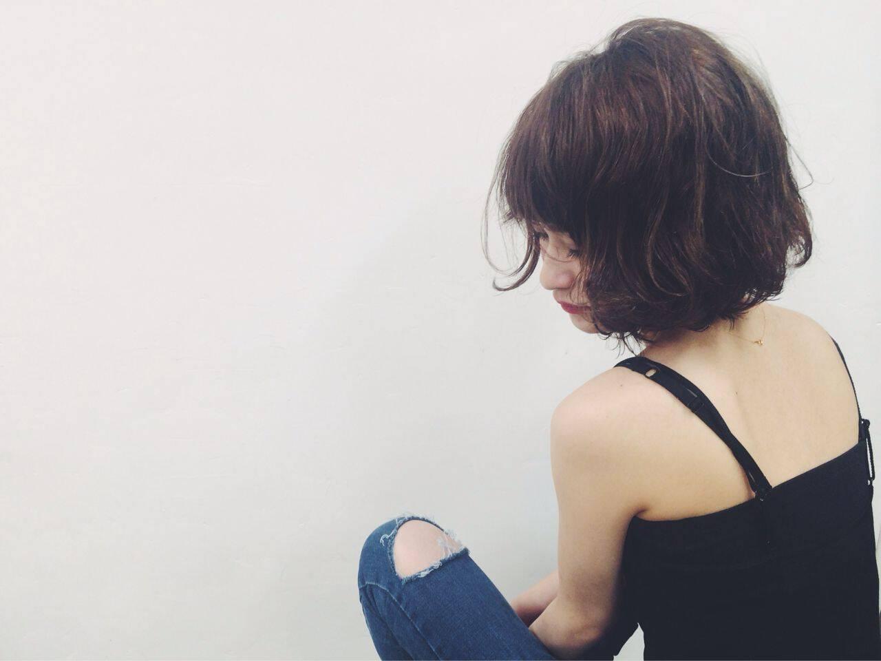 無造作 暗髪 ストリート 外国人風カラーヘアスタイルや髪型の写真・画像