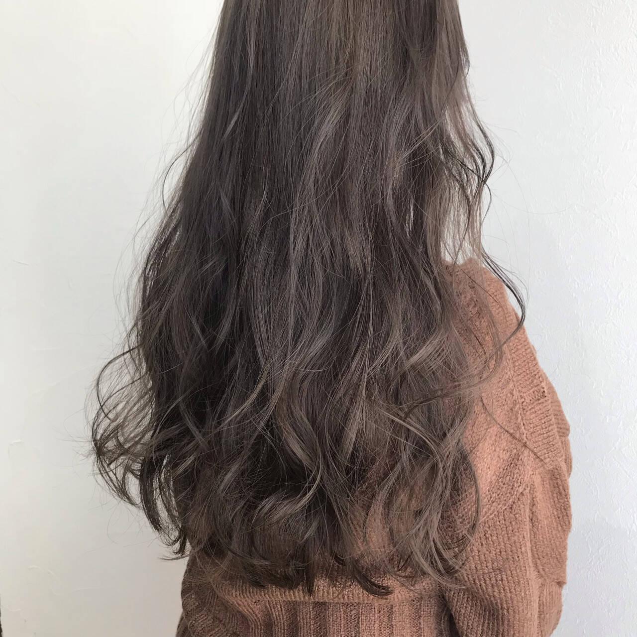 ロング ナチュラル ウェーブ 簡単ヘアアレンジヘアスタイルや髪型の写真・画像