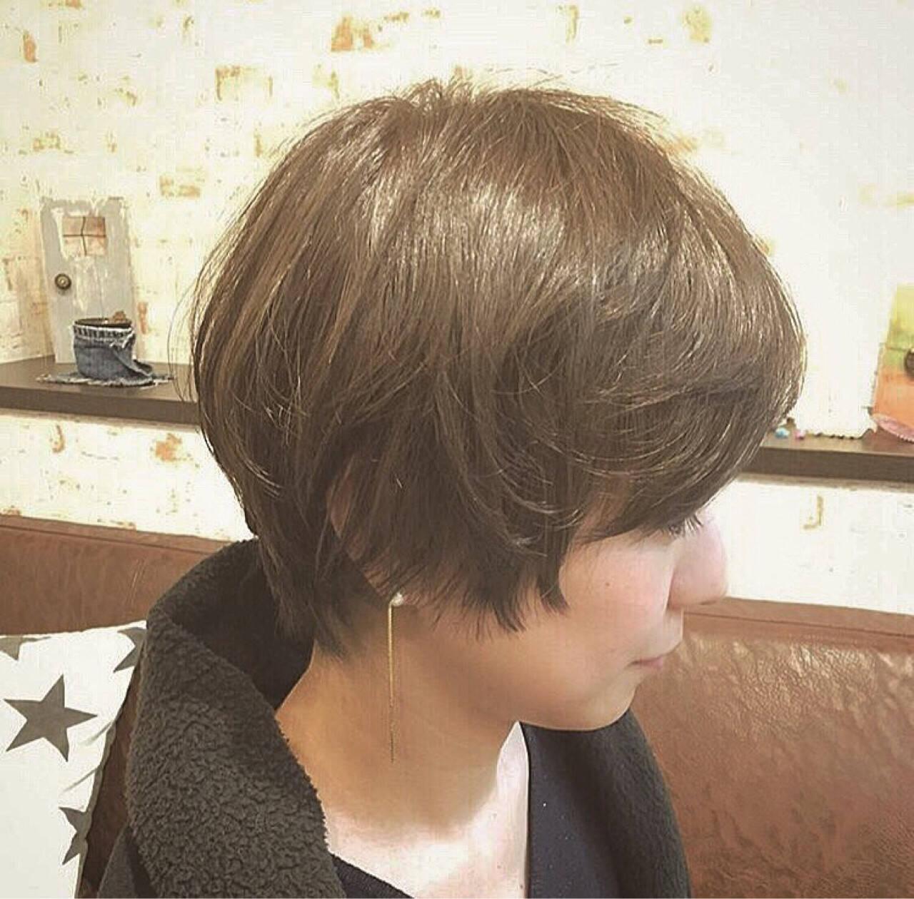ナチュラル 大人かわいい アッシュ 外国人風ヘアスタイルや髪型の写真・画像