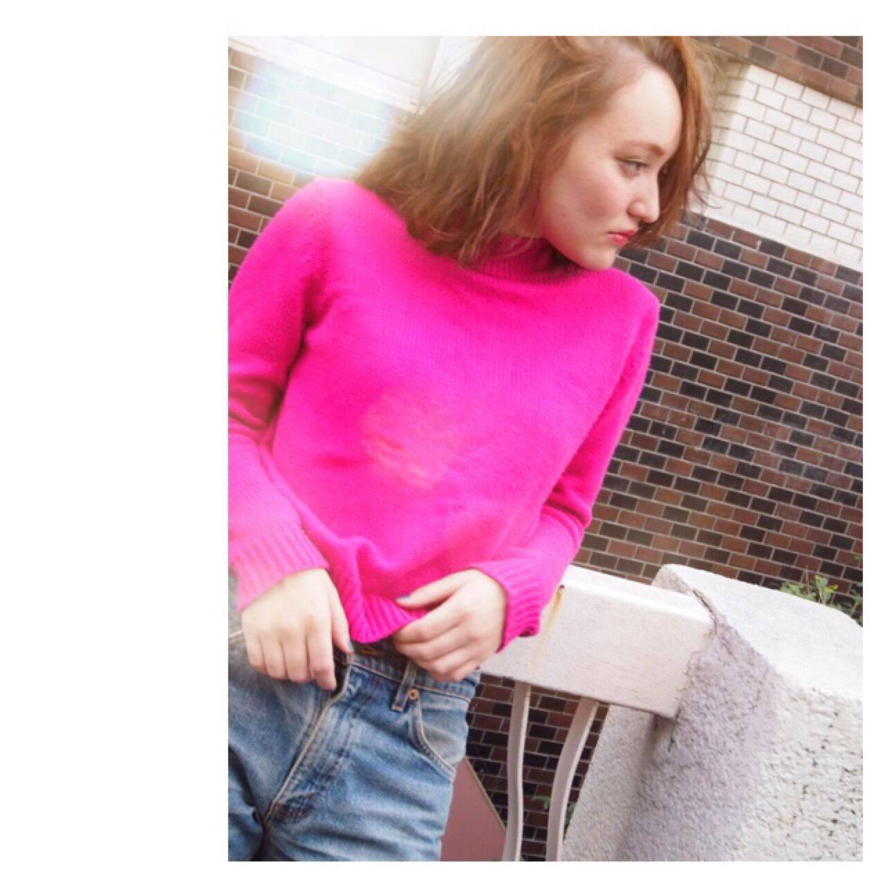 ストリート ミディアム ニュアンス ウェーブヘアスタイルや髪型の写真・画像