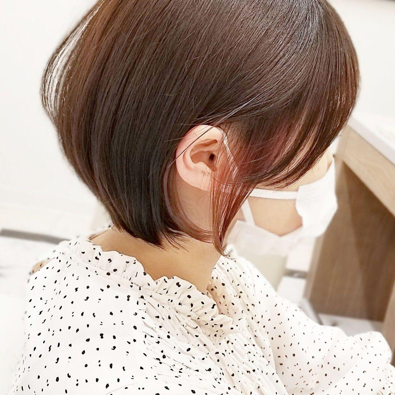 ショート フェミニン インナーピンク ショートヘアヘアスタイルや髪型の写真・画像