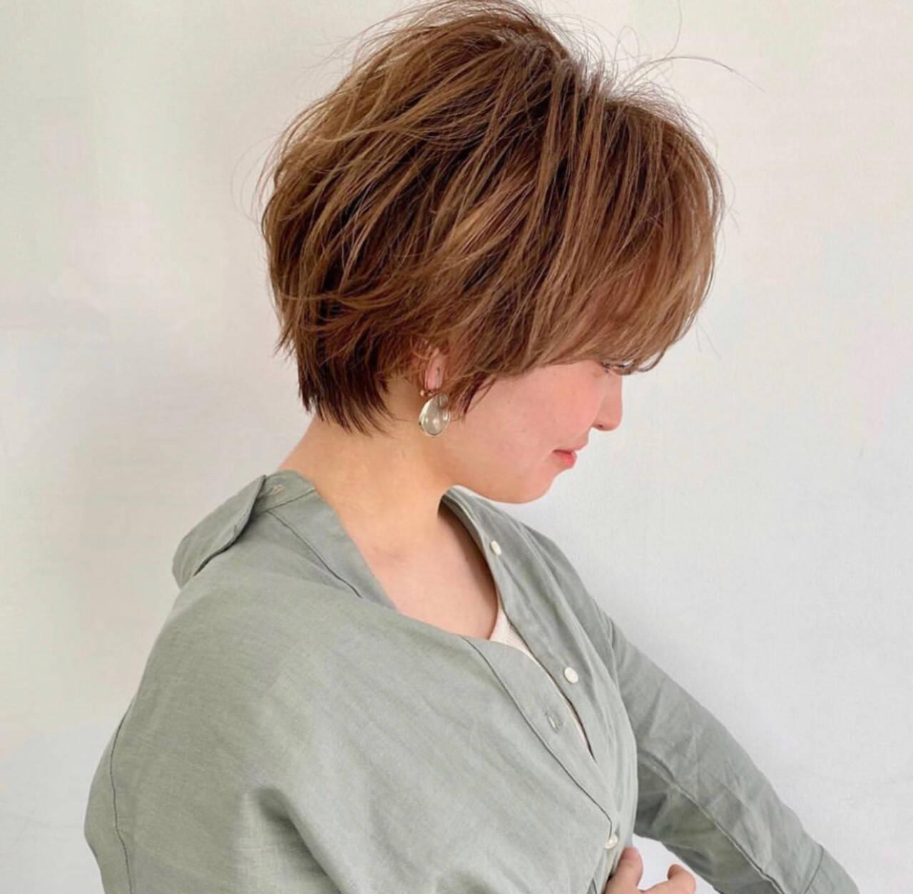 ショート 小顔ヘア ベリーショート ナチュラルヘアスタイルや髪型の写真・画像