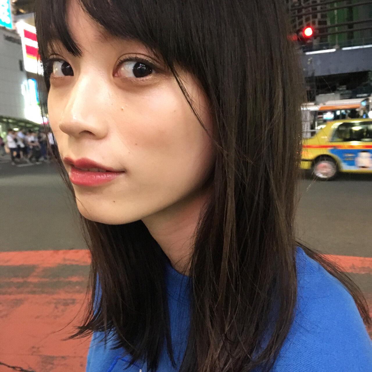 外国人風 秋 ニュアンス 小顔ヘアスタイルや髪型の写真・画像