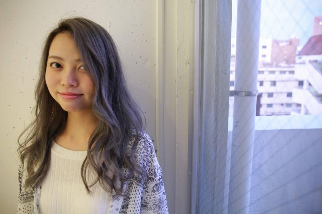 ホワイトアッシュ ブリーチ 上品 ロングヘアスタイルや髪型の写真・画像