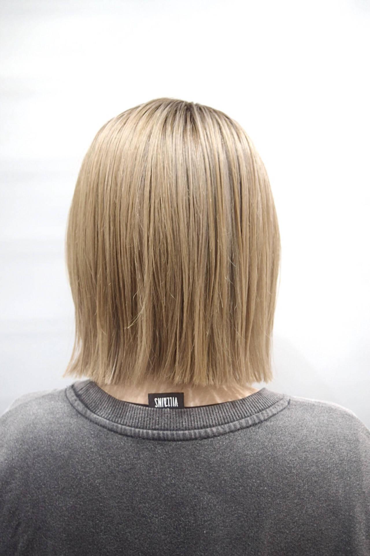 ハイトーンカラー ボブ ホワイトベージュ ナチュラルヘアスタイルや髪型の写真・画像