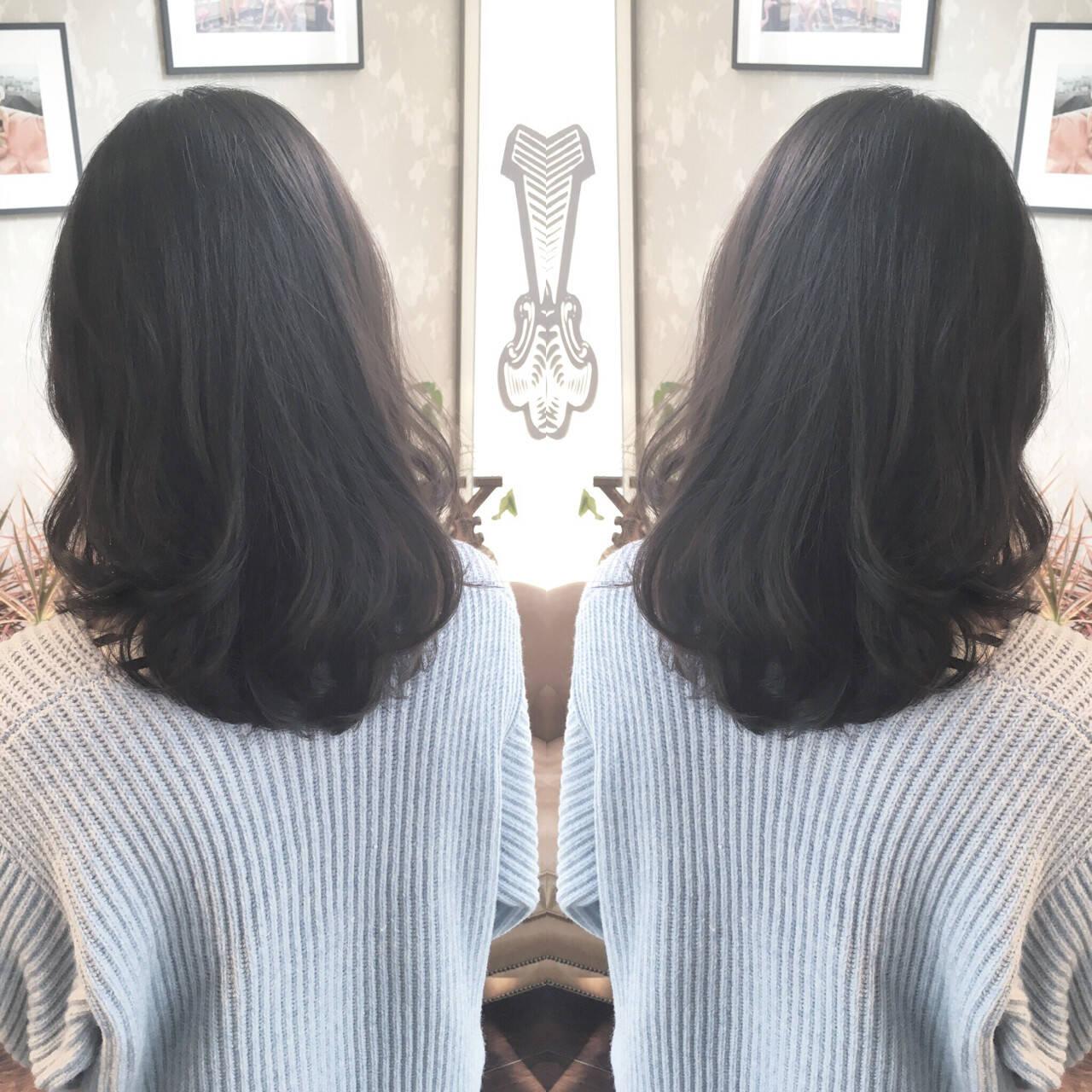 就活 暗髪 ダークアッシュ 上品ヘアスタイルや髪型の写真・画像