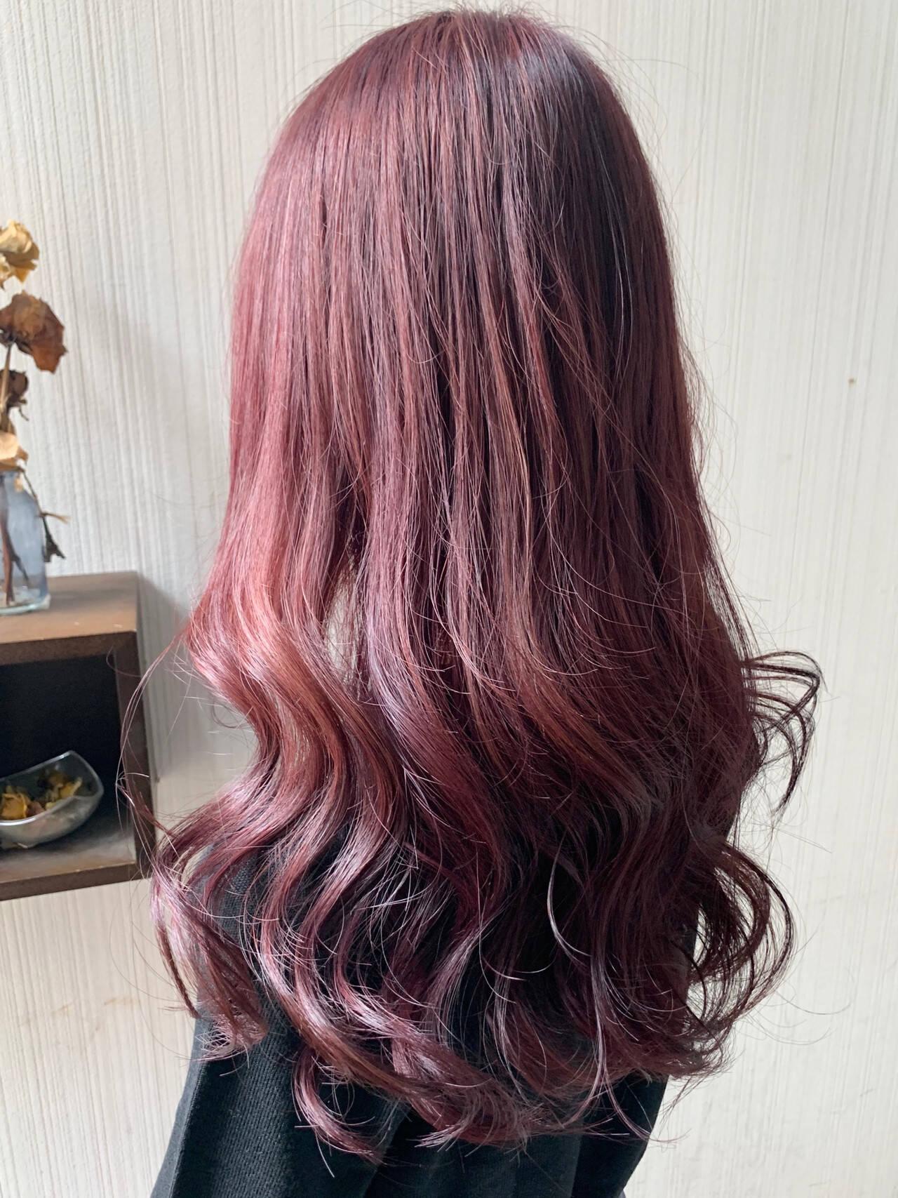 大人かわいい ミディアム アンニュイほつれヘア ナチュラルヘアスタイルや髪型の写真・画像