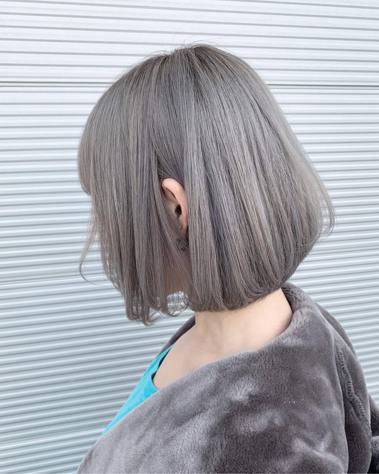モード ボブ ホワイトシルバー シルバーアッシュヘアスタイルや髪型の写真・画像