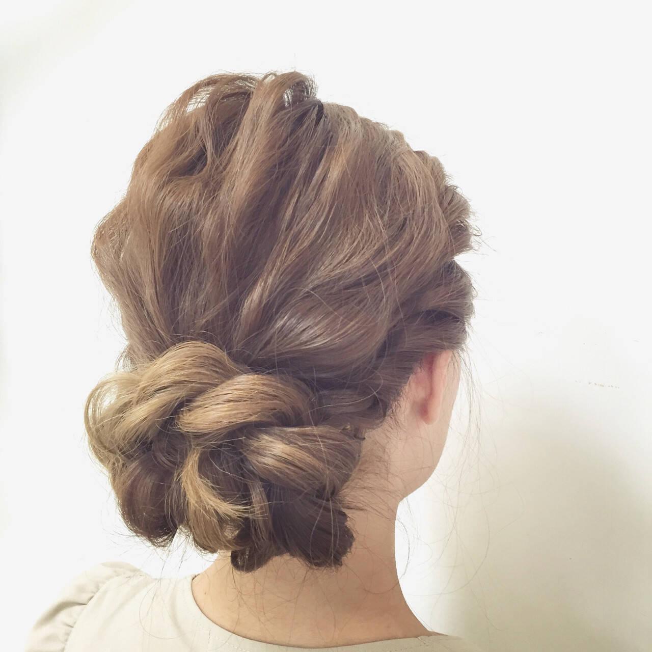 ヘアアレンジ 愛され 波ウェーブ ロングヘアスタイルや髪型の写真・画像