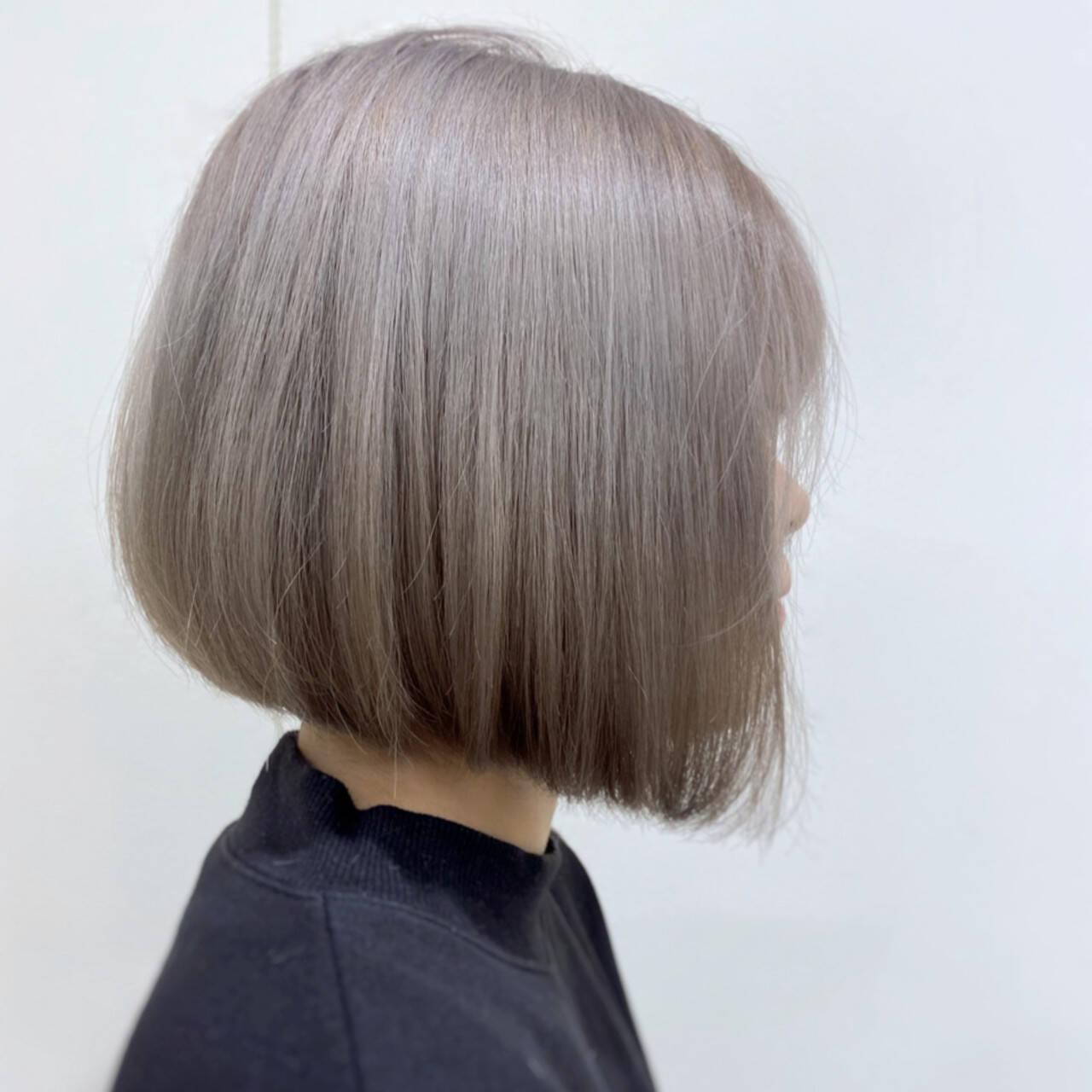 ブリーチカラー ミニボブ 切りっぱなしボブ ボブヘアスタイルや髪型の写真・画像